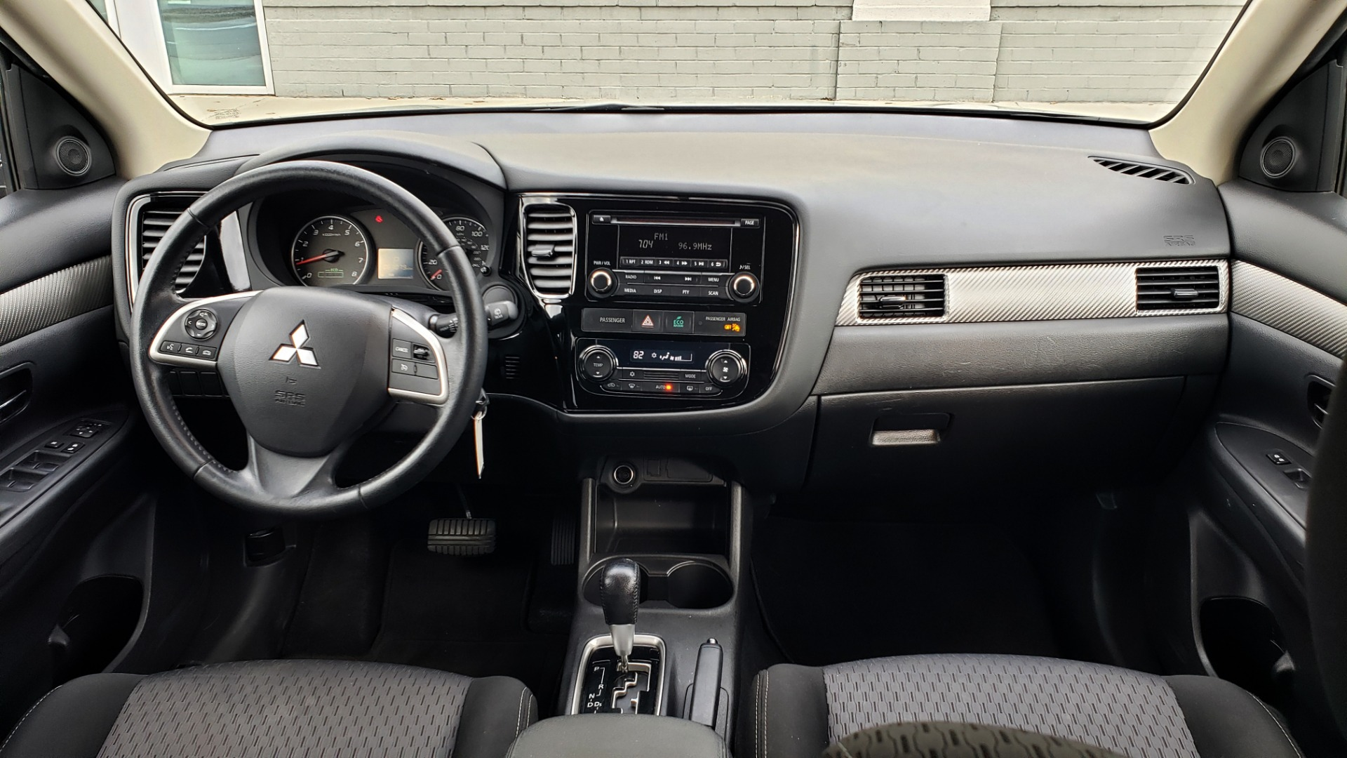 Used 2015 Mitsubishi OUTLANDER ES 2.4L SUV / CVT / FWD / KEYLESS ENTRY / 16-IN WHEELS for sale $12,995 at Formula Imports in Charlotte NC 28227 63
