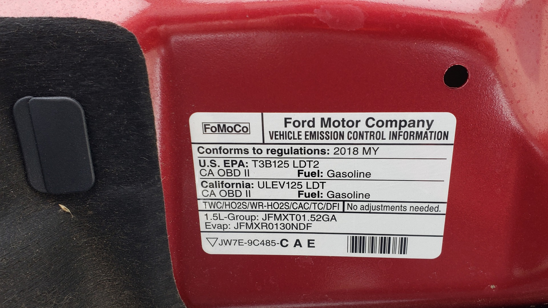 Used 2018 Ford ESCAPE SEL / FWD / 1.5L ECOBOOST / PANO-ROOF / REARVIEW for sale Sold at Formula Imports in Charlotte NC 28227 16