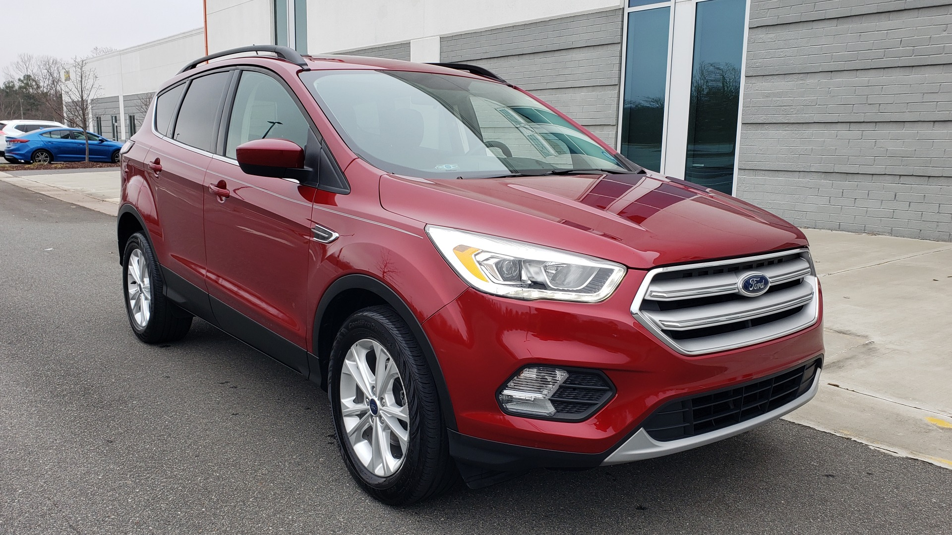 Used 2018 Ford ESCAPE SEL / FWD / 1.5L ECOBOOST / PANO-ROOF / REARVIEW for sale Sold at Formula Imports in Charlotte NC 28227 6