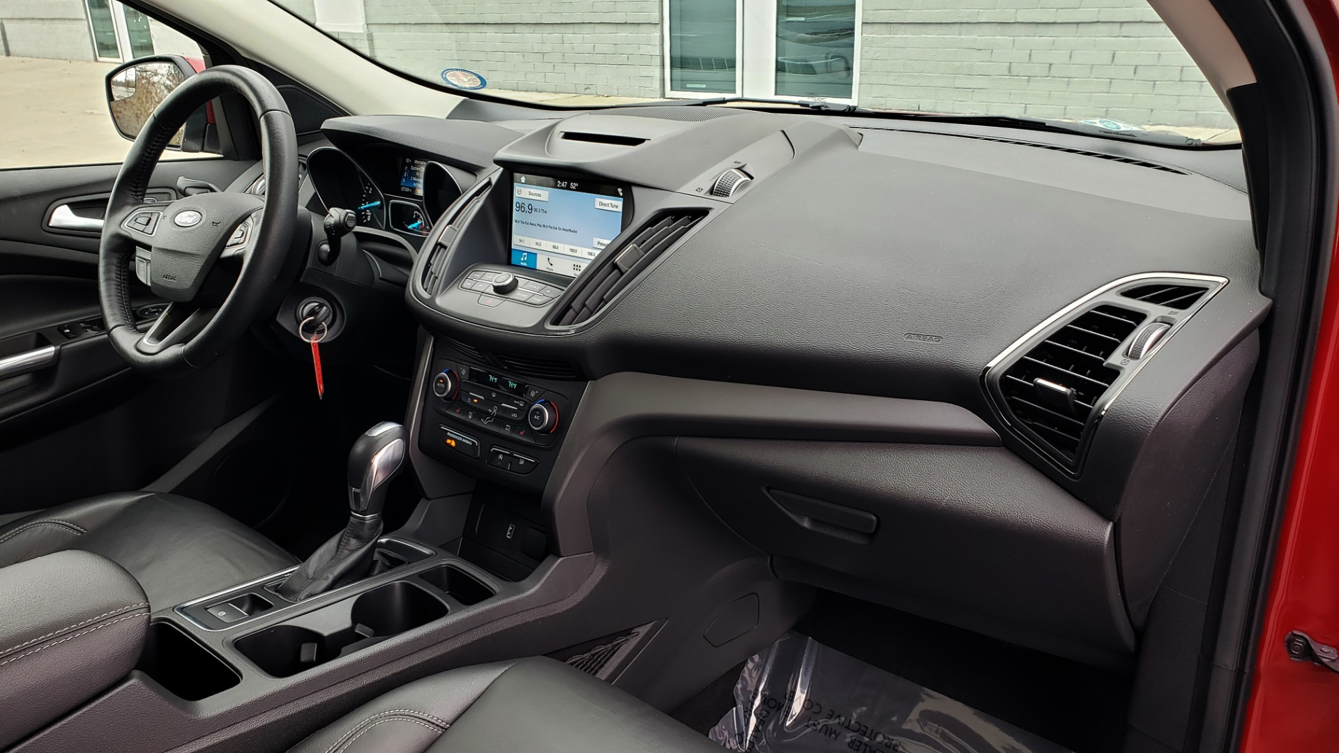 Used 2018 Ford ESCAPE SEL / FWD / 1.5L ECOBOOST / PANO-ROOF / REARVIEW for sale Sold at Formula Imports in Charlotte NC 28227 69