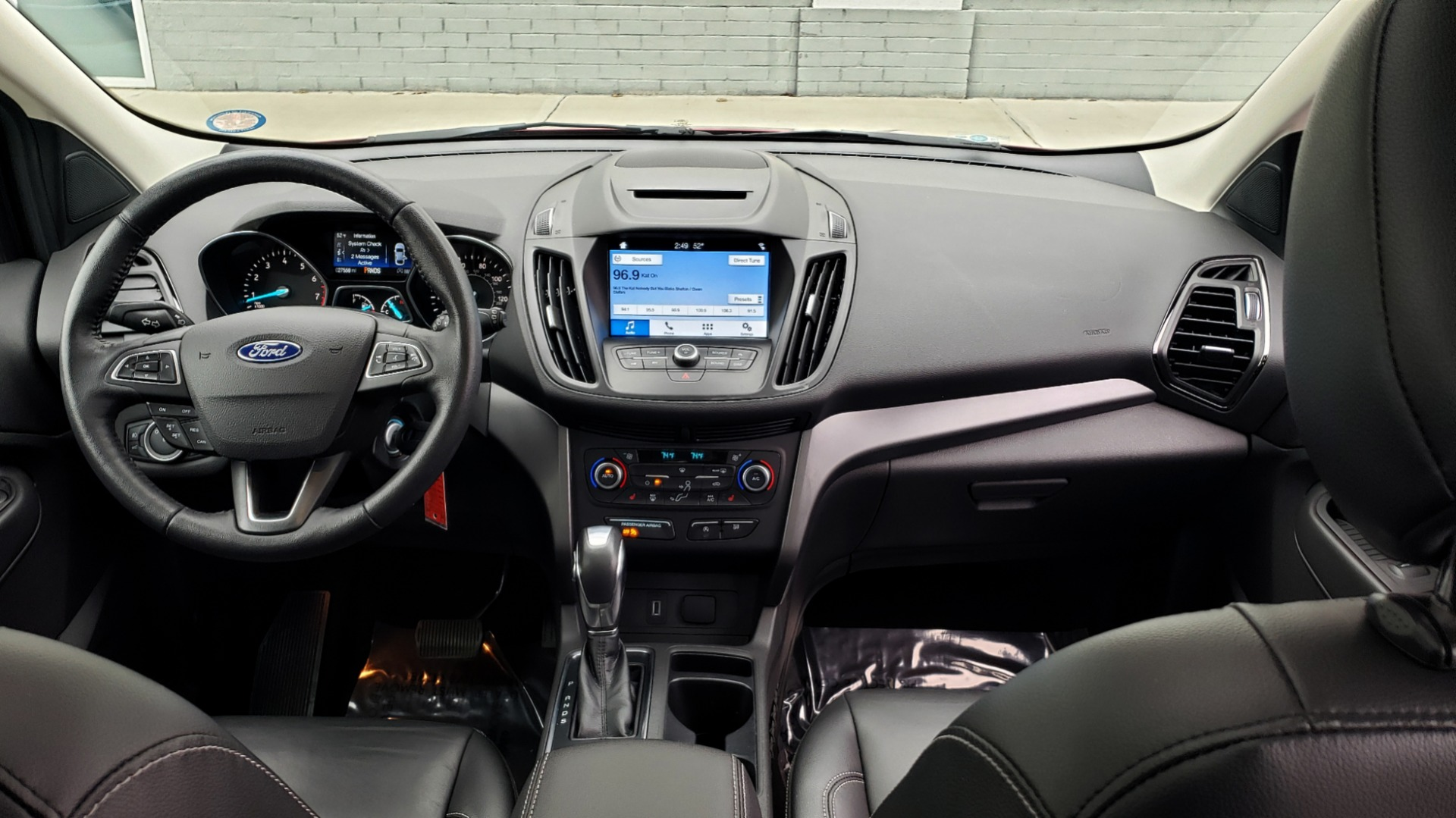 Used 2018 Ford ESCAPE SEL / FWD / 1.5L ECOBOOST / PANO-ROOF / REARVIEW for sale Sold at Formula Imports in Charlotte NC 28227 79