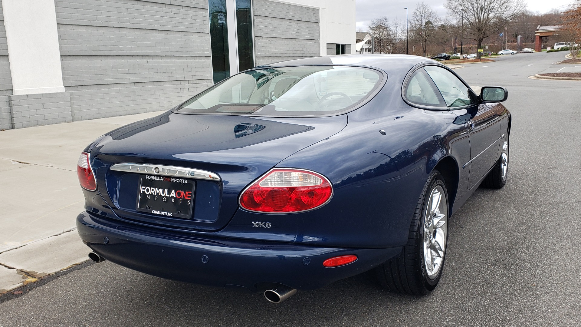 Used 2002 Jaguar XK8 COUPE / 4.0L V8 / 5-SPD AUTO / ALPINE SOUND / 18IN CHROME WHEELS for sale $16,450 at Formula Imports in Charlotte NC 28227 9