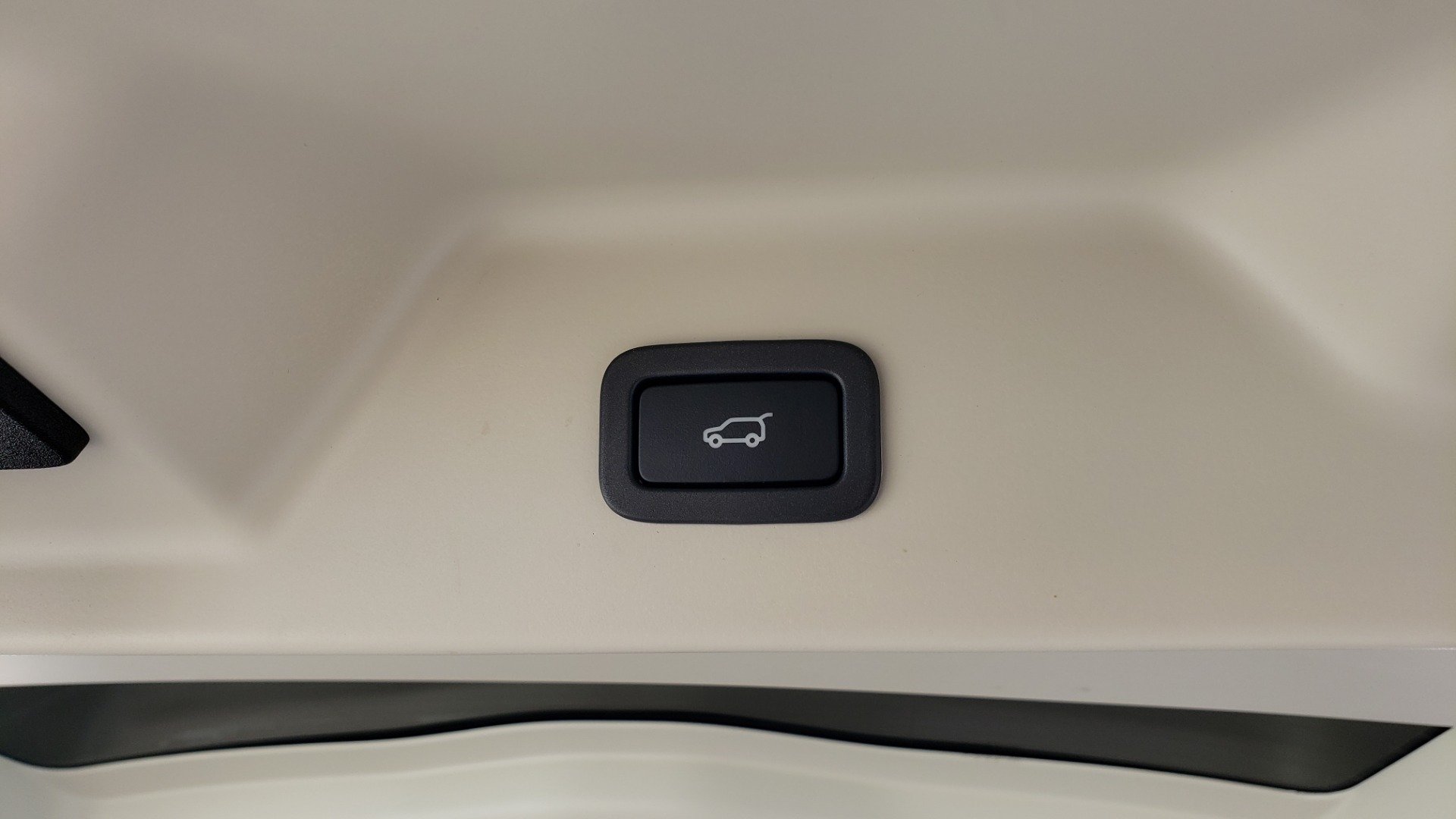 Used 2020 Land Rover RANGE ROVER AUTOBIOGRAPHY HYBRID / NAV / SUNROOF / REARVIEW for sale $110,000 at Formula Imports in Charlotte NC 28227 28