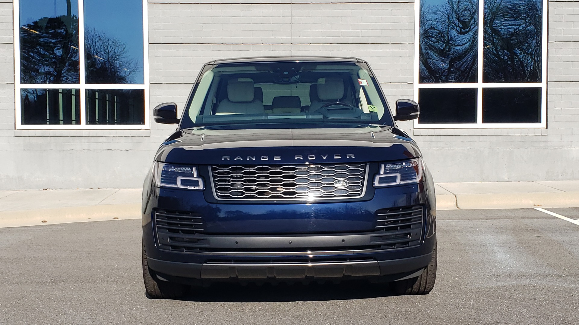 Used 2020 Land Rover RANGE ROVER AUTOBIOGRAPHY HYBRID / NAV / SUNROOF / REARVIEW for sale $110,000 at Formula Imports in Charlotte NC 28227 29