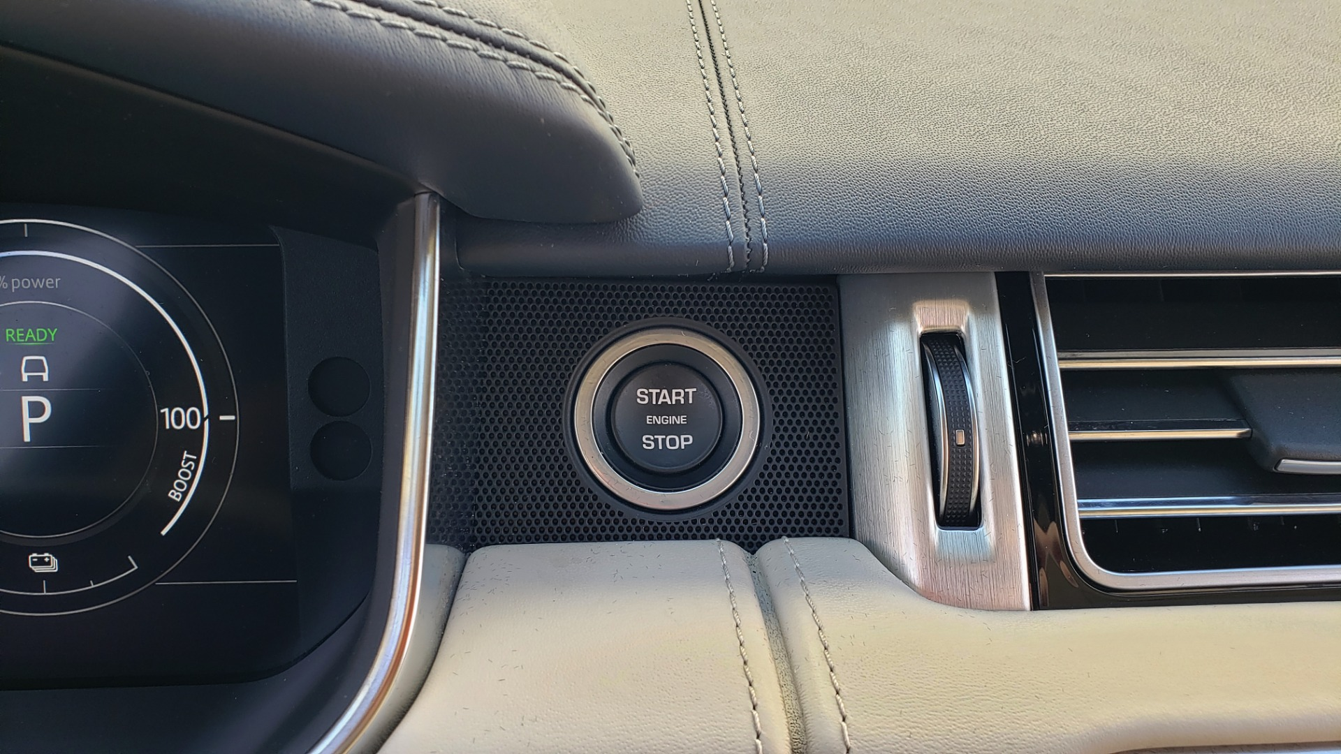 Used 2020 Land Rover RANGE ROVER AUTOBIOGRAPHY HYBRID / NAV / SUNROOF / REARVIEW for sale $110,000 at Formula Imports in Charlotte NC 28227 55