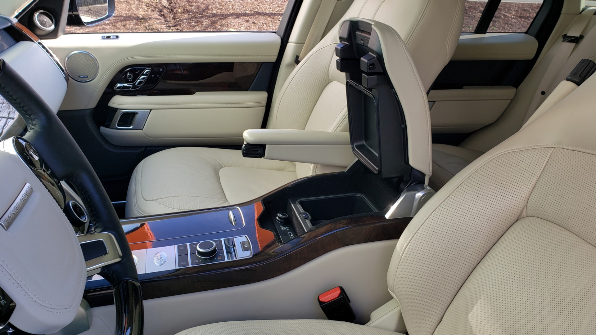 Used 2020 Land Rover RANGE ROVER AUTOBIOGRAPHY HYBRID / NAV / SUNROOF / REARVIEW for sale $110,000 at Formula Imports in Charlotte NC 28227 67