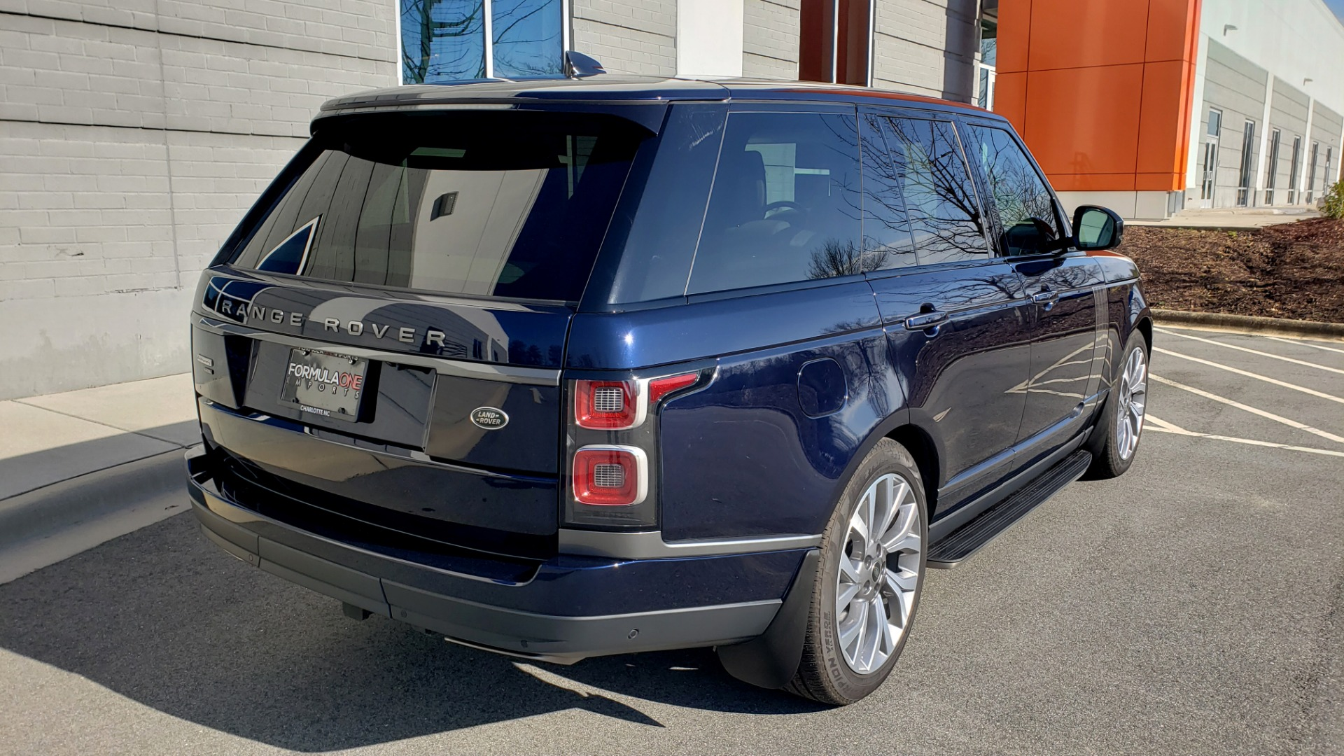Used 2020 Land Rover RANGE ROVER AUTOBIOGRAPHY HYBRID / NAV / SUNROOF / REARVIEW for sale $110,000 at Formula Imports in Charlotte NC 28227 8