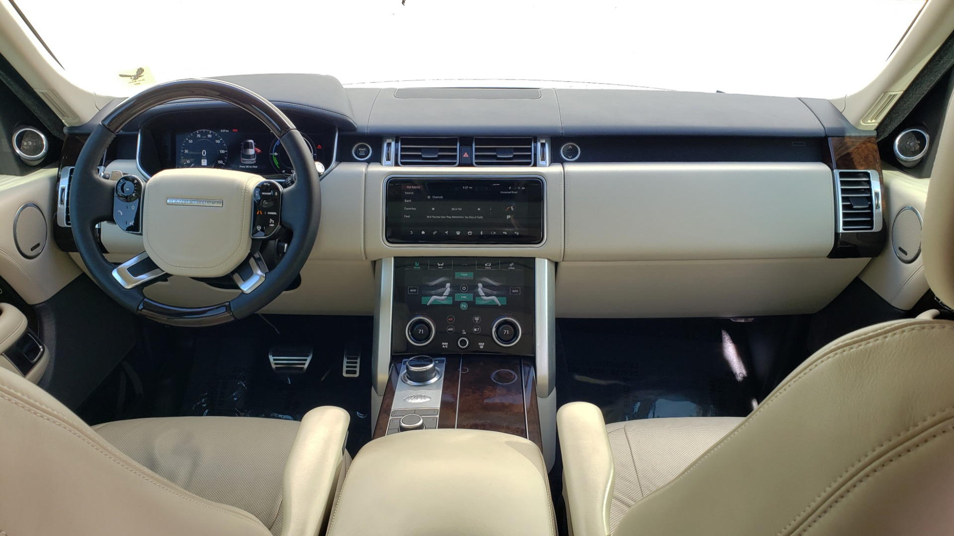 Used 2020 Land Rover RANGE ROVER AUTOBIOGRAPHY HYBRID / NAV / SUNROOF / REARVIEW for sale $110,000 at Formula Imports in Charlotte NC 28227 90