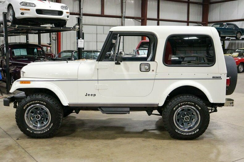 Used 1982 Jeep CJ7 LIMITED 4WD / 4.2L I6 / 5-SPEED MANUAL / NEW 30-INCH BFG TIRES for sale Sold at Formula Imports in Charlotte NC 28227 53