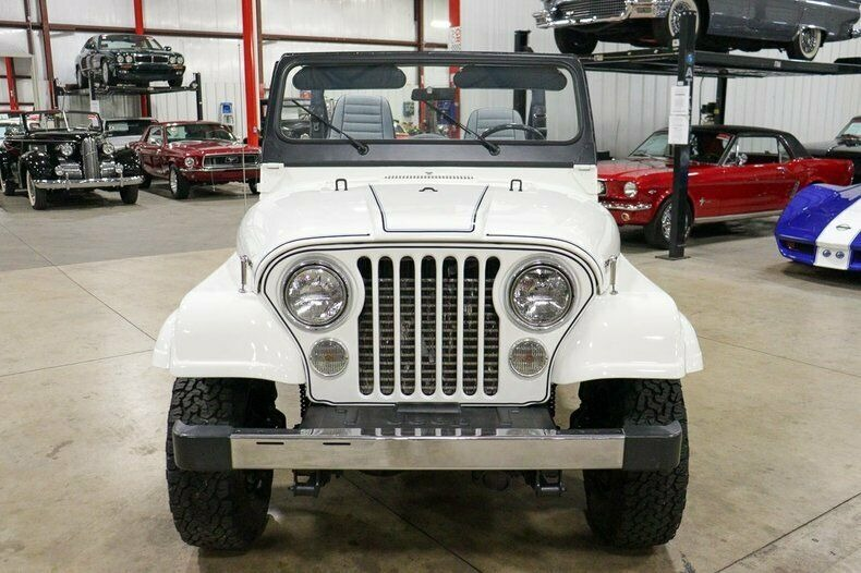 Used 1982 Jeep CJ7 LIMITED 4WD / 4.2L I6 / 5-SPEED MANUAL / NEW 30-INCH BFG TIRES for sale Sold at Formula Imports in Charlotte NC 28227 8