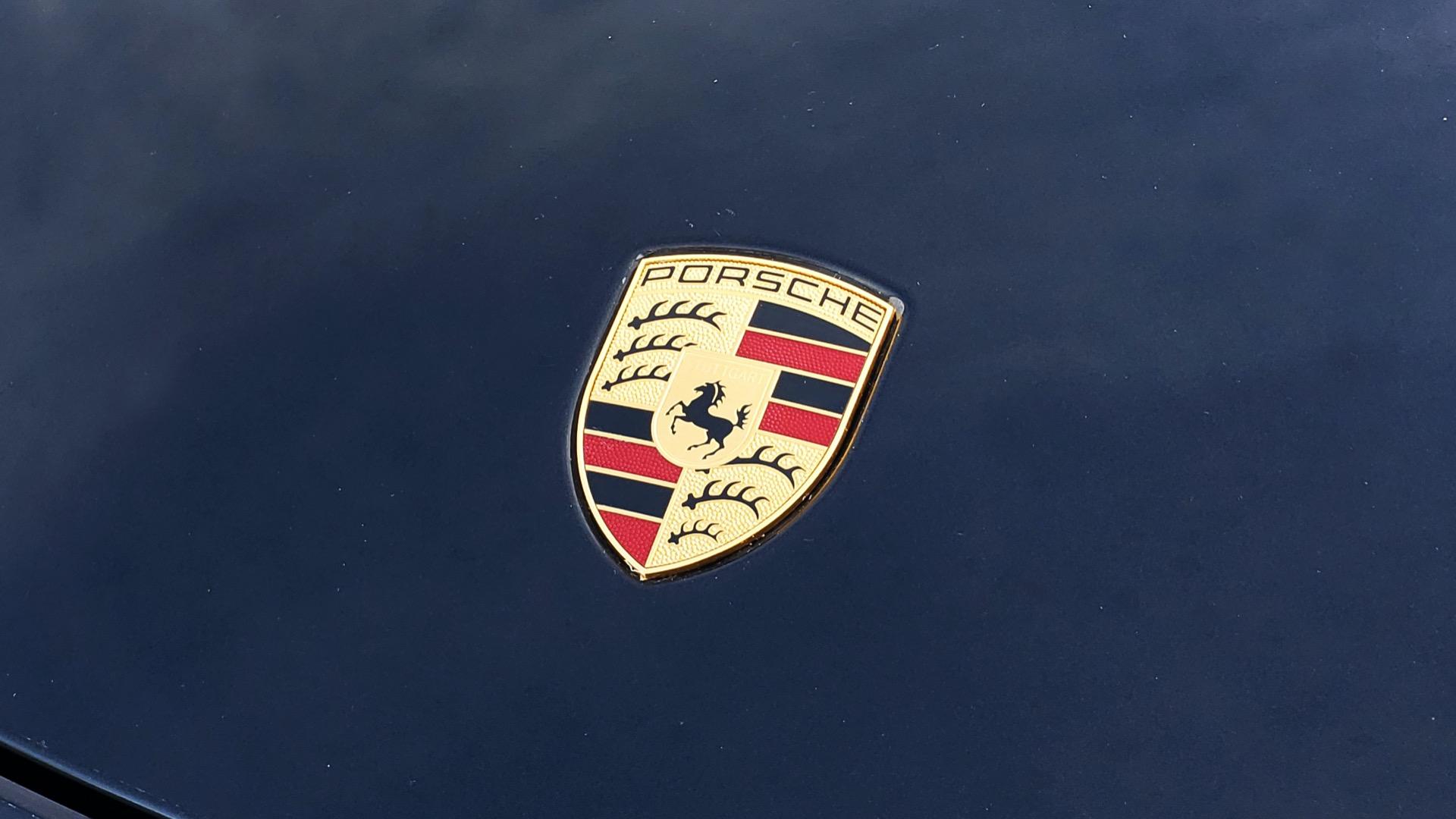 Used 2014 Porsche 911 CARRERA 4S / PREM PKG PLUS / NAV / SUNROO / BOSE / CHRONO for sale Sold at Formula Imports in Charlotte NC 28227 11