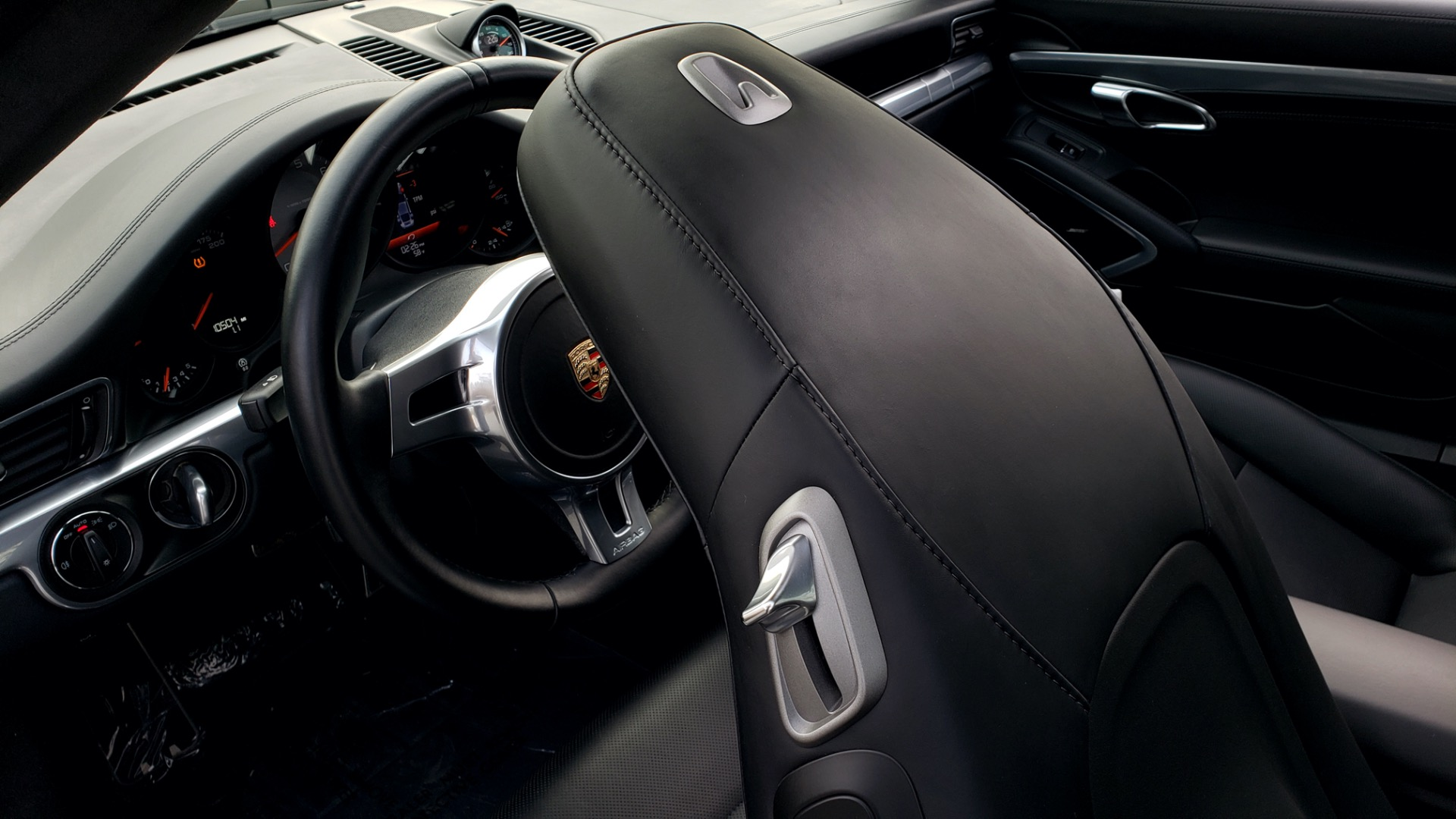 Used 2014 Porsche 911 CARRERA 4S / PREM PKG PLUS / NAV / SUNROO / BOSE / CHRONO for sale Sold at Formula Imports in Charlotte NC 28227 60