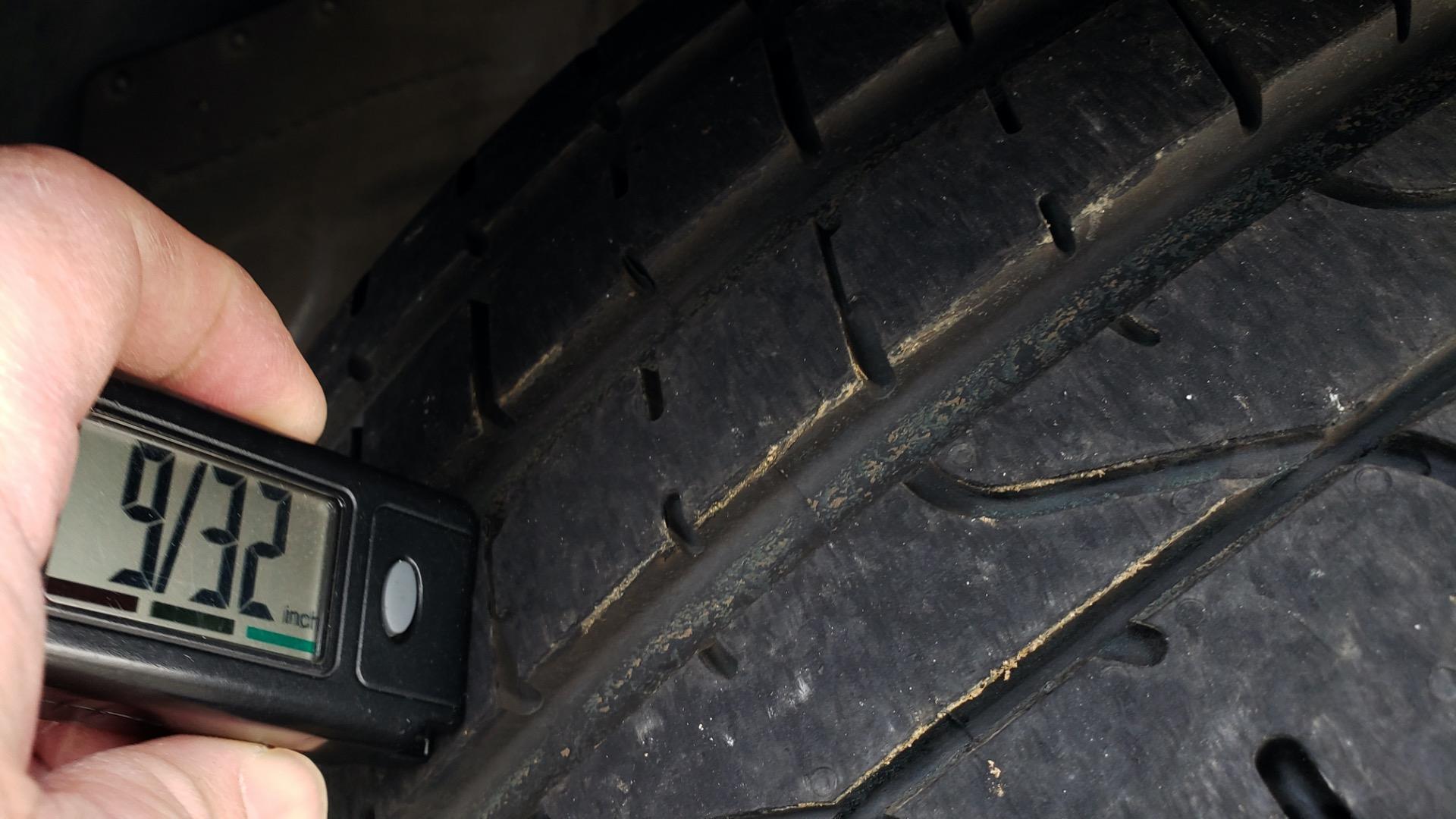 Used 2014 Porsche 911 CARRERA 4S / PREM PKG PLUS / NAV / SUNROO / BOSE / CHRONO for sale Sold at Formula Imports in Charlotte NC 28227 77