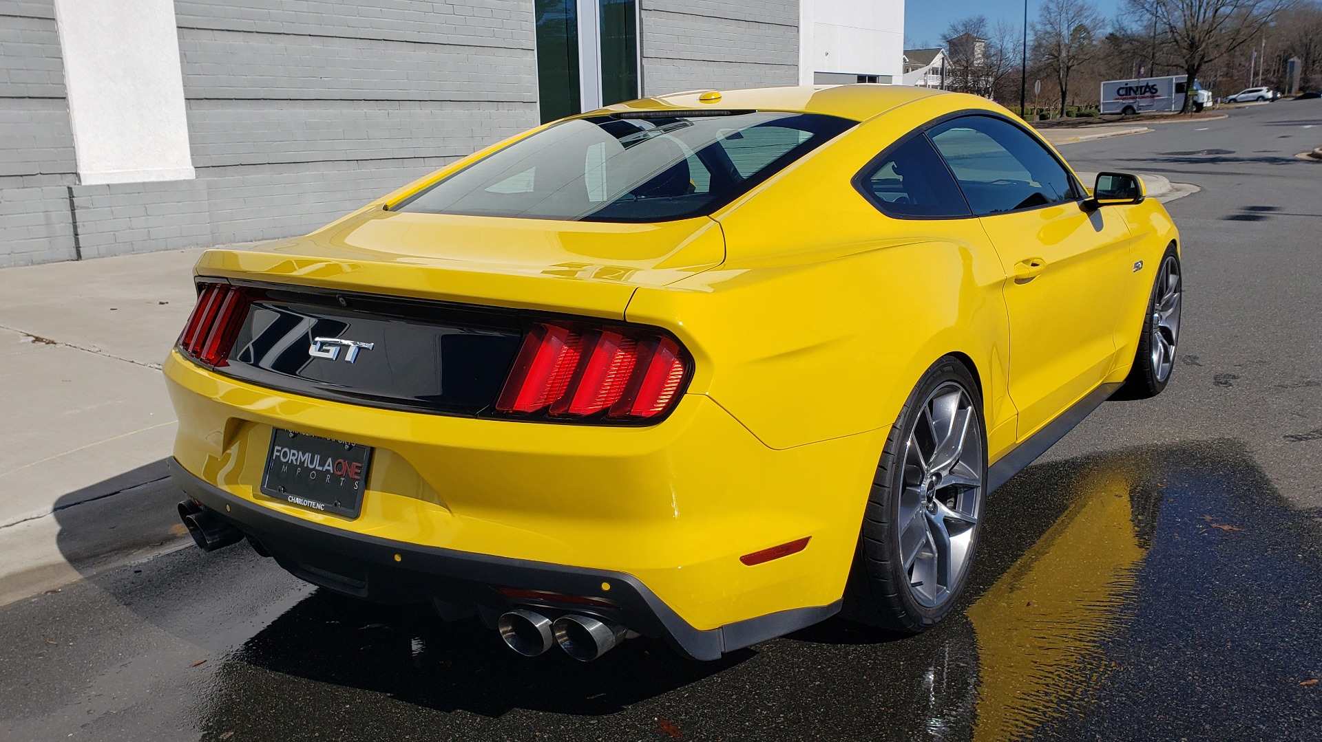 Used 2015 Ford MUSTANG GT 5.0L COUPE PREMIUM / 6-SPD MAN / SHAKER AUDIO / NAV for sale Sold at Formula Imports in Charlotte NC 28227 10