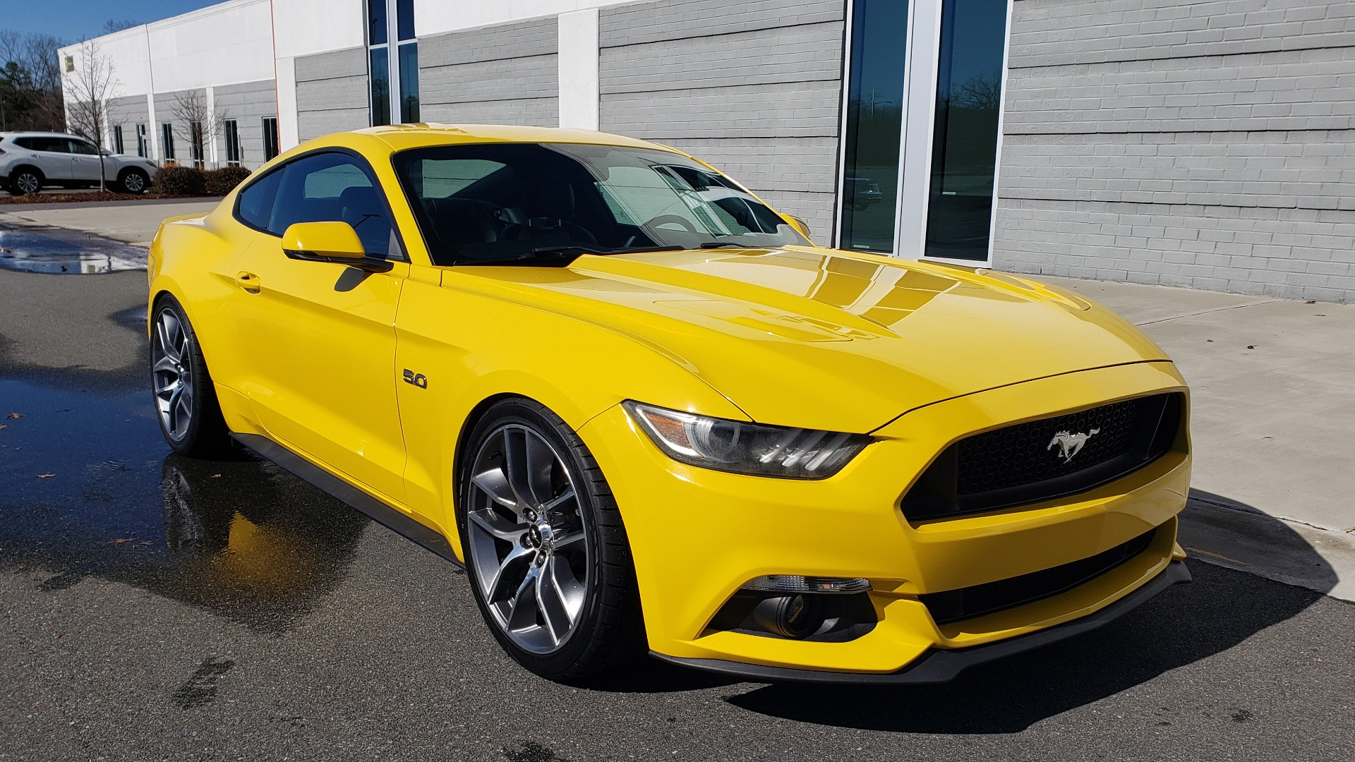 Used 2015 Ford MUSTANG GT 5.0L COUPE PREMIUM / 6-SPD MAN / SHAKER AUDIO / NAV for sale Sold at Formula Imports in Charlotte NC 28227 6