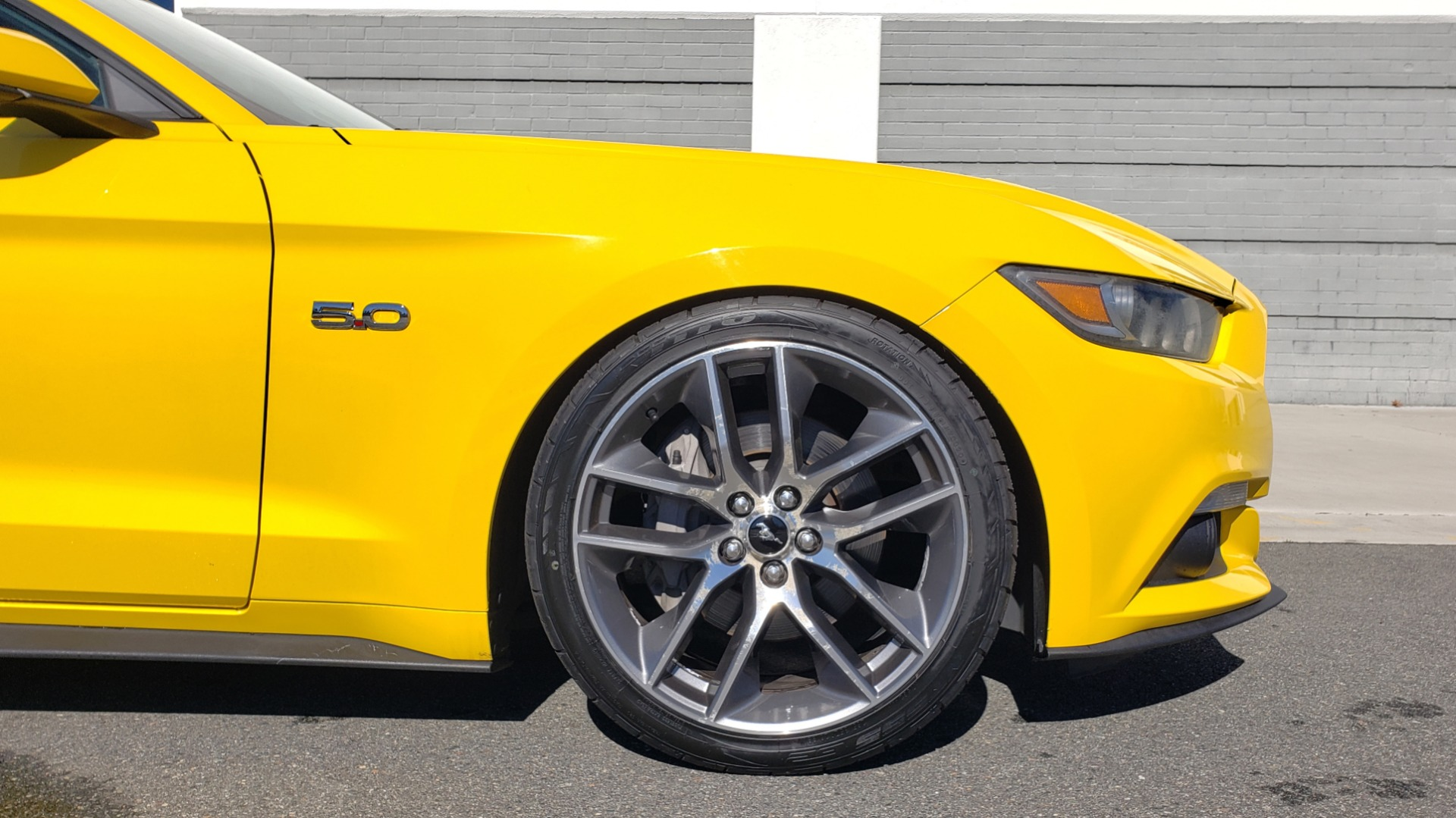 Used 2015 Ford MUSTANG GT 5.0L COUPE PREMIUM / 6-SPD MAN / SHAKER AUDIO / NAV for sale Sold at Formula Imports in Charlotte NC 28227 74