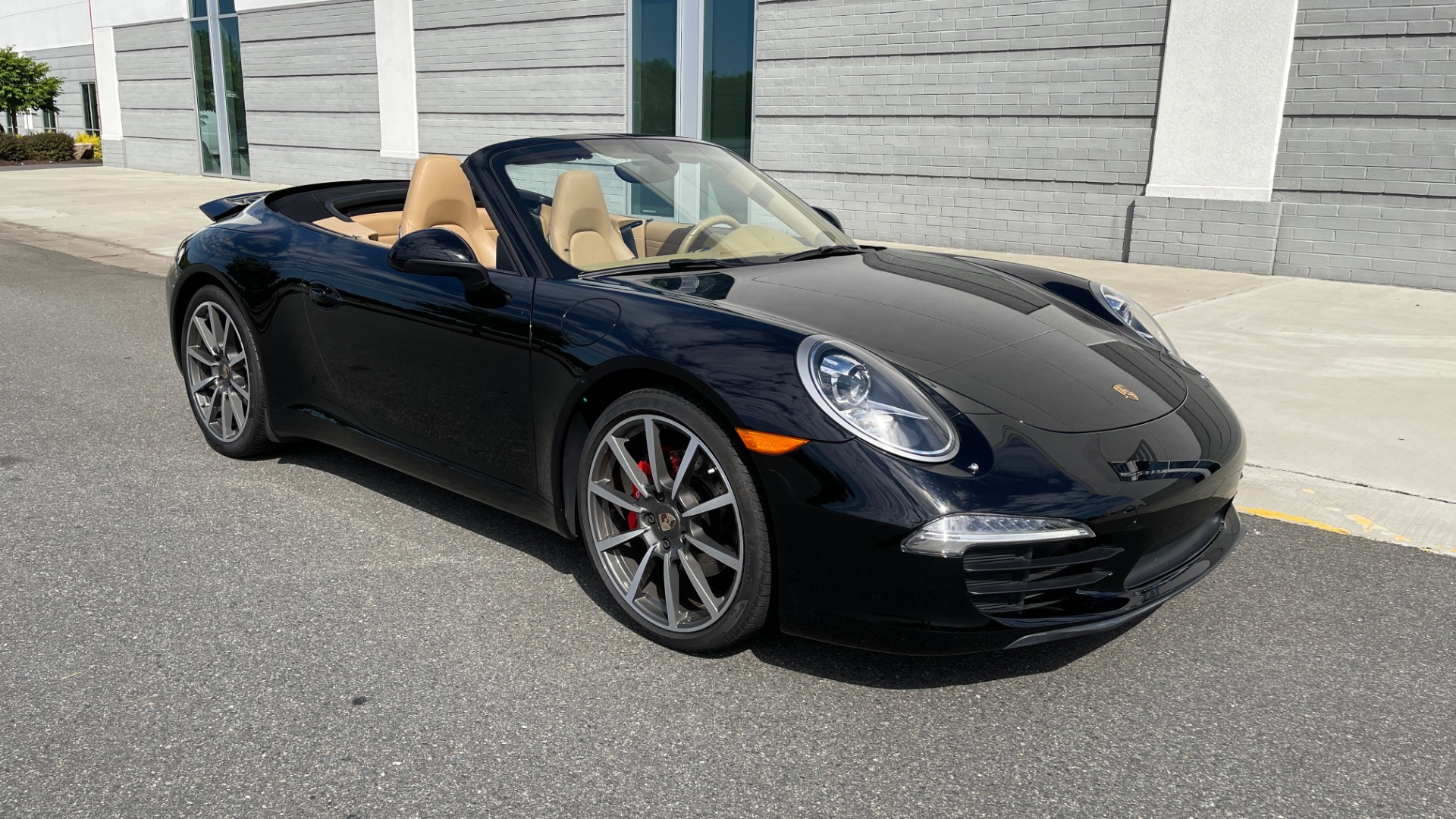 Used 2013 Porsche 911 CARRERA CABRIOLET / PDK / NAV / BOSE / HTD STS / PDLS for sale Sold at Formula Imports in Charlotte NC 28227 2