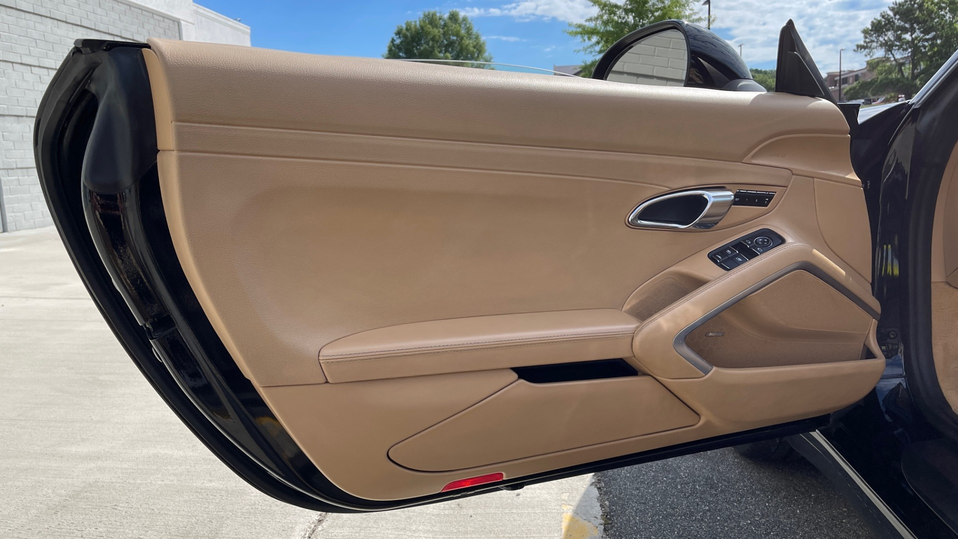Used 2013 Porsche 911 CARRERA CABRIOLET / PDK / NAV / BOSE / HTD STS / PDLS for sale Sold at Formula Imports in Charlotte NC 28227 43