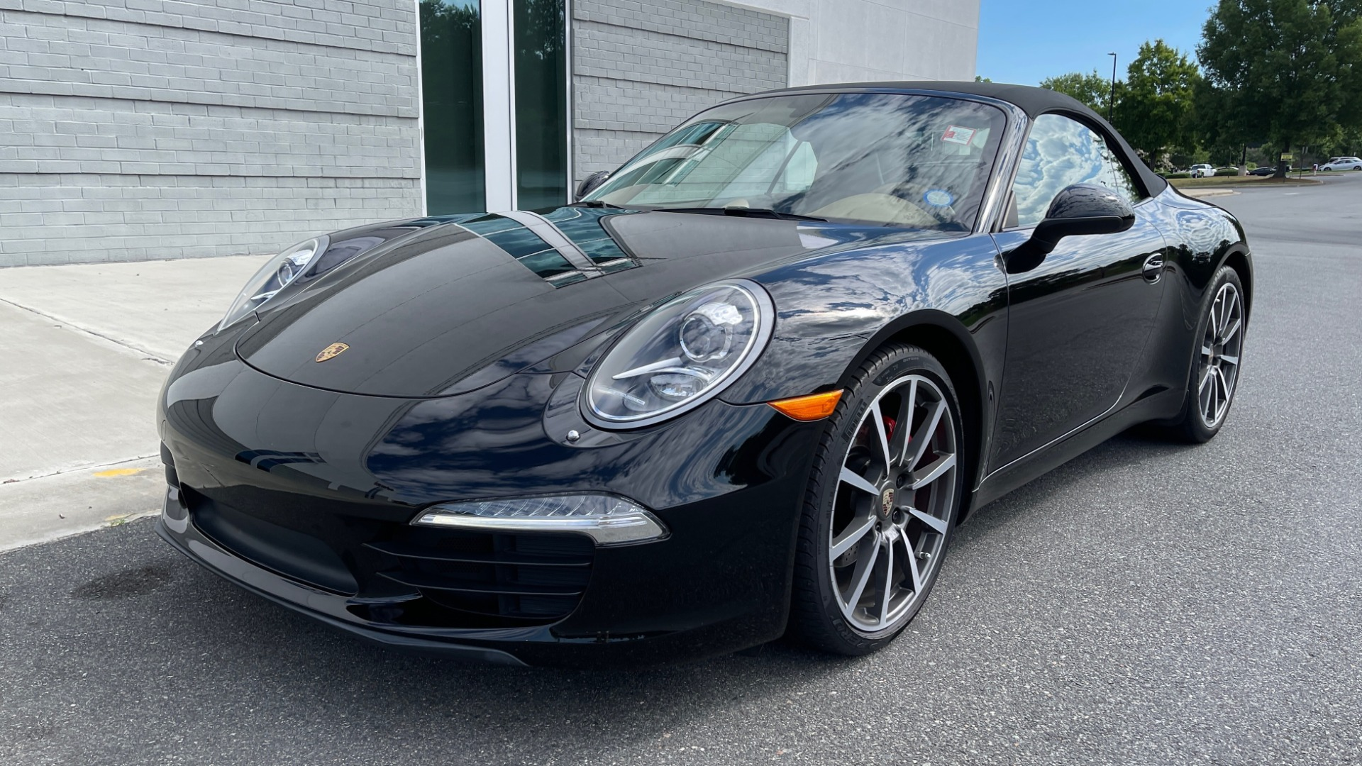 Used 2013 Porsche 911 CARRERA CABRIOLET / PDK / NAV / BOSE / HTD STS / PDLS for sale Sold at Formula Imports in Charlotte NC 28227 5