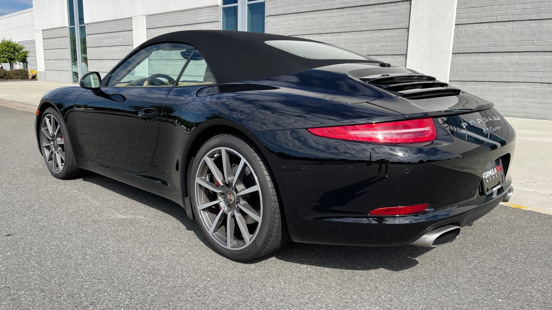 Used 2013 Porsche 911 CARRERA CABRIOLET / PDK / NAV / BOSE / HTD STS / PDLS for sale Sold at Formula Imports in Charlotte NC 28227 7