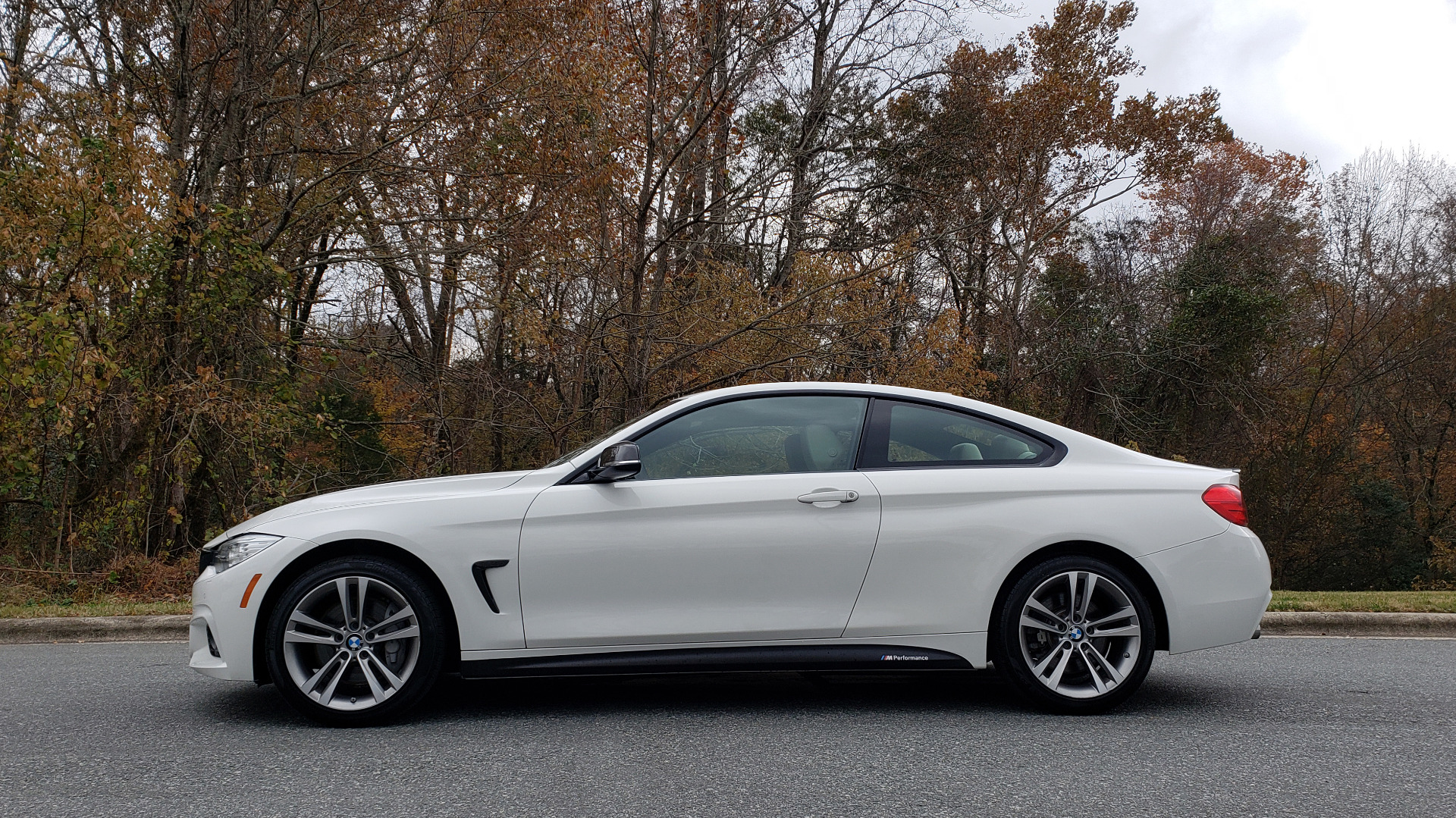 Used 2016 BMW 4 SERIES 435i xDrive AWD M-SPORT / NAV / SUNROOF / DRVR ASST / CLD WTHR for sale Sold at Formula Imports in Charlotte NC 28227 2