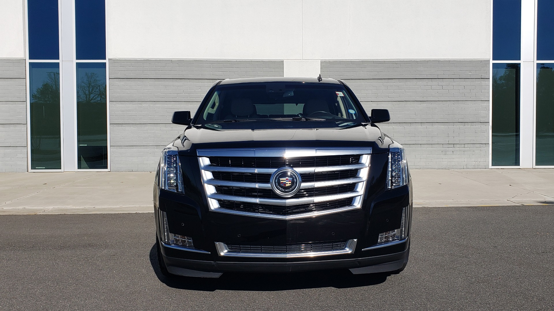Used 2015 Cadillac ESCALADE PREMIUM 4WD / NAV / SUNROOF / REARVIEW / 3-ROW for sale Sold at Formula Imports in Charlotte NC 28227 24