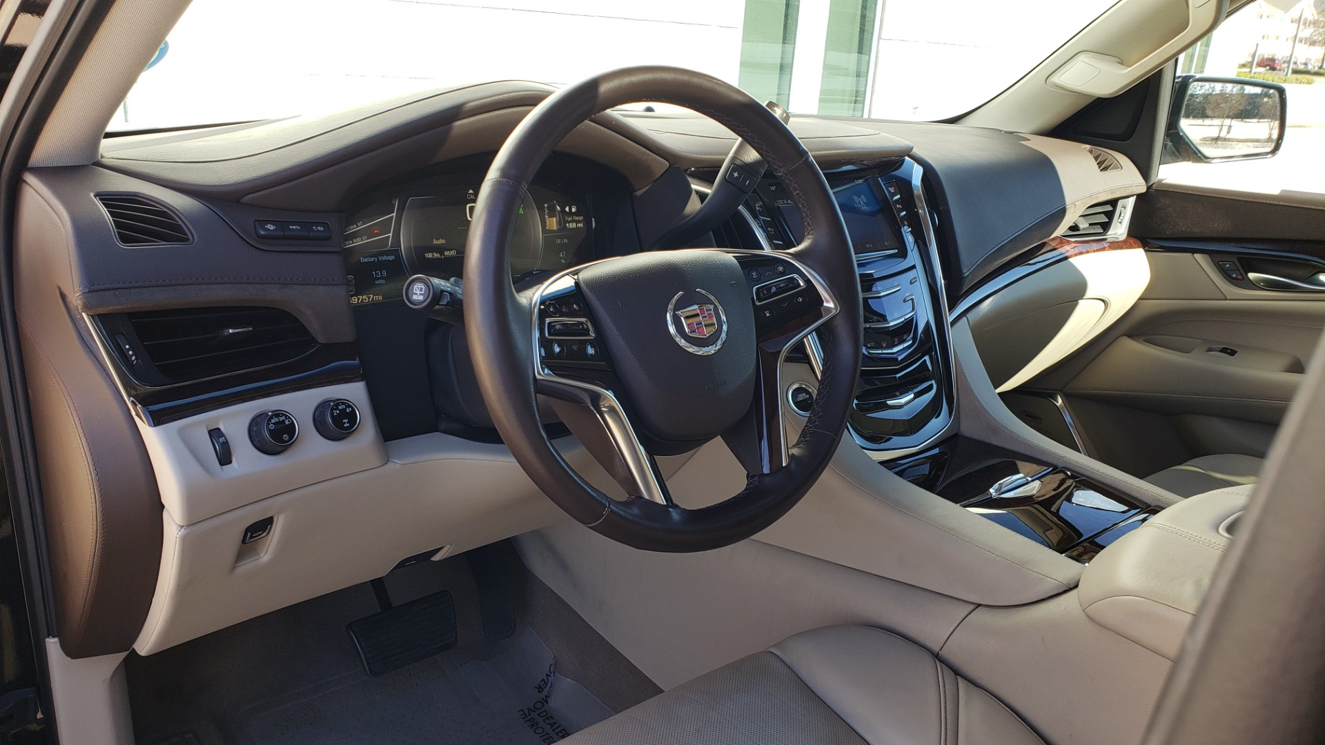 Used 2015 Cadillac ESCALADE PREMIUM 4WD / NAV / SUNROOF / REARVIEW / 3-ROW for sale Sold at Formula Imports in Charlotte NC 28227 38