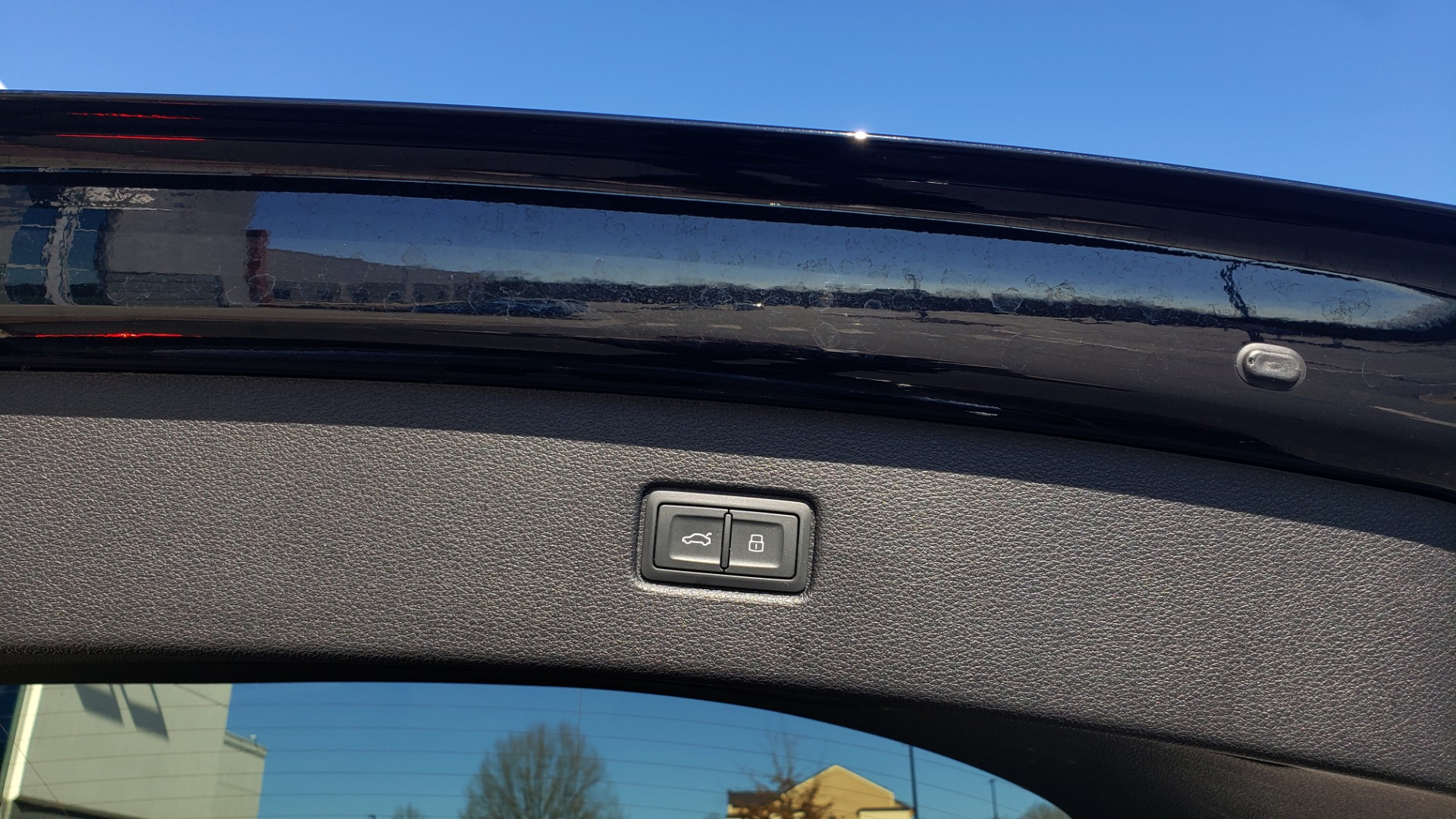 Used 2020 Audi Q7 PREMIUM PLUS / NAV / SUNROOF / 3-ROW / REARVIEW for sale $50,695 at Formula Imports in Charlotte NC 28227 18