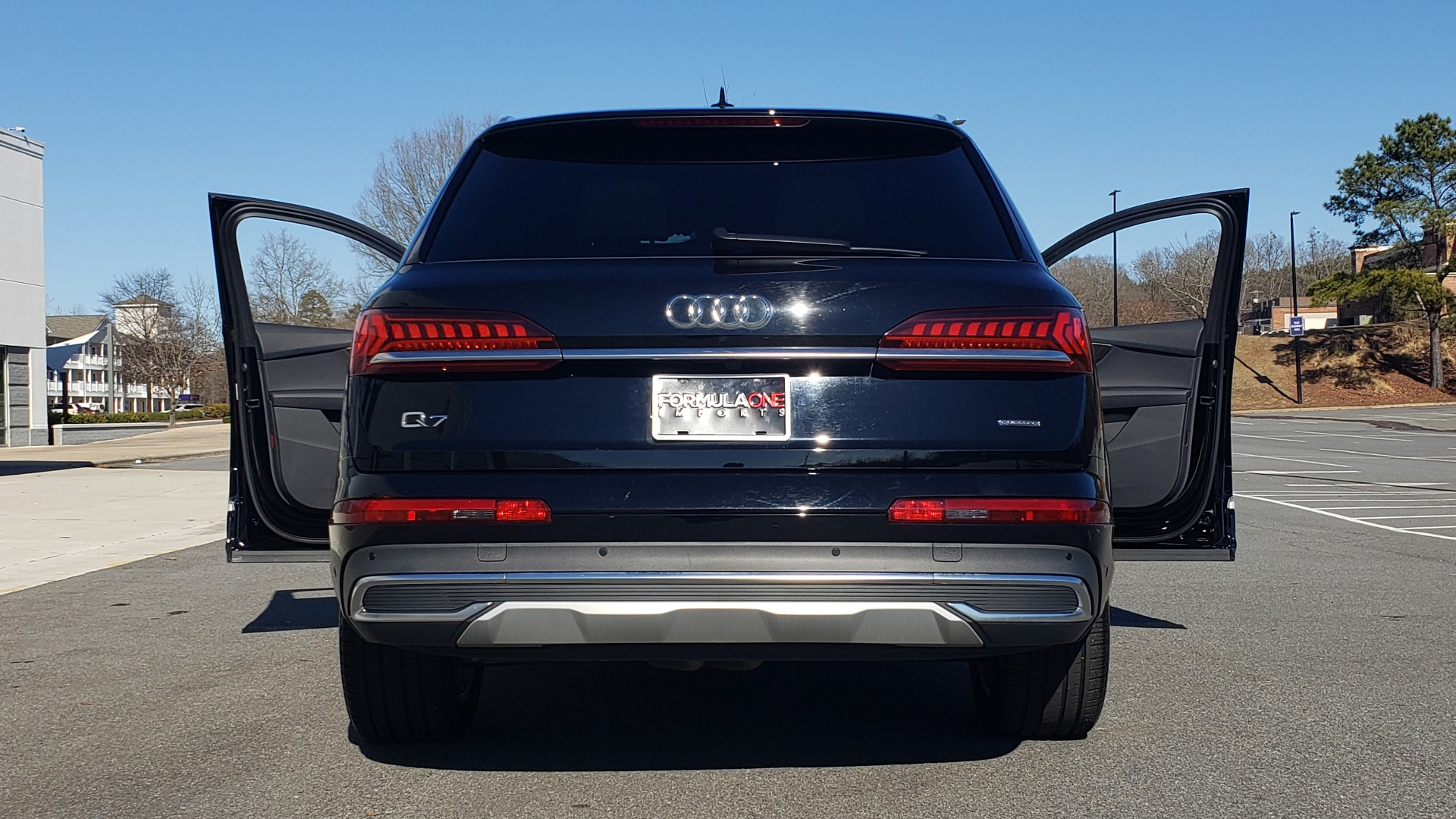 Used 2020 Audi Q7 PREMIUM PLUS / NAV / SUNROOF / 3-ROW / REARVIEW for sale $50,695 at Formula Imports in Charlotte NC 28227 19