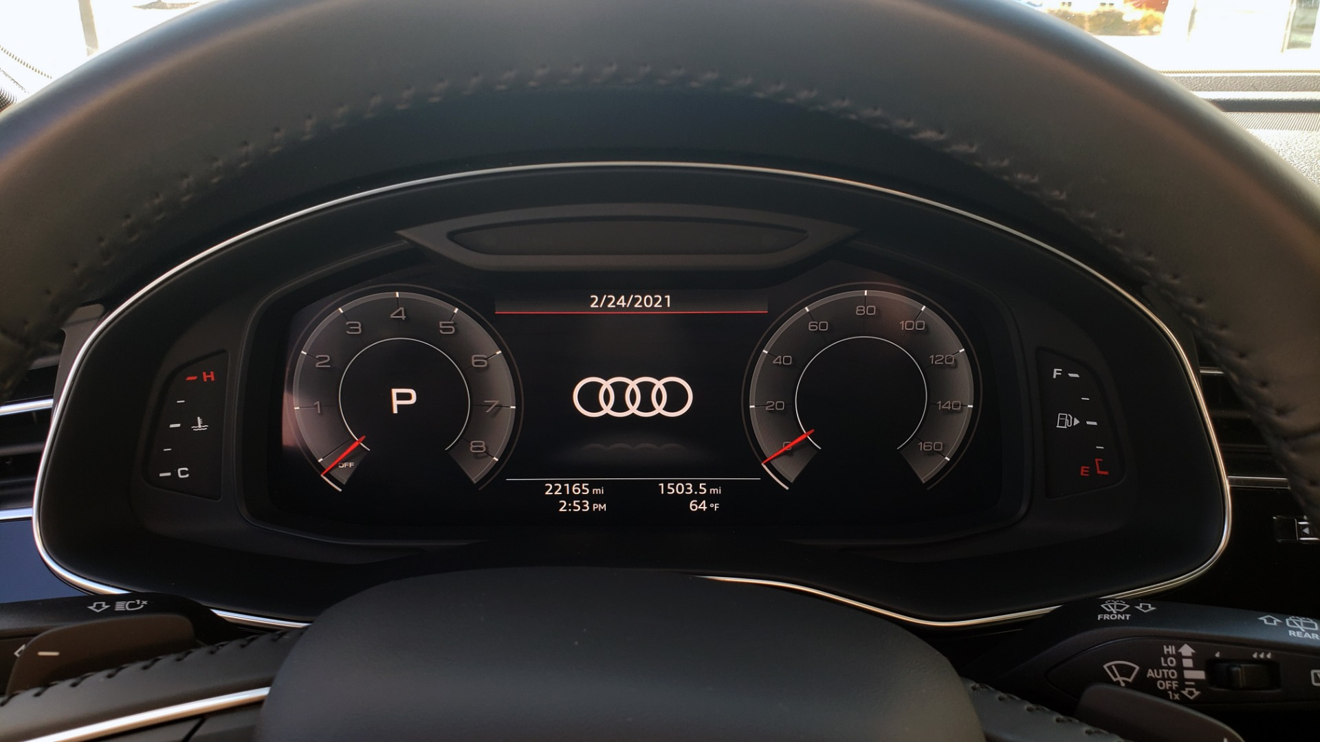 Used 2020 Audi Q7 PREMIUM PLUS / NAV / SUNROOF / 3-ROW / REARVIEW for sale Sold at Formula Imports in Charlotte NC 28227 24