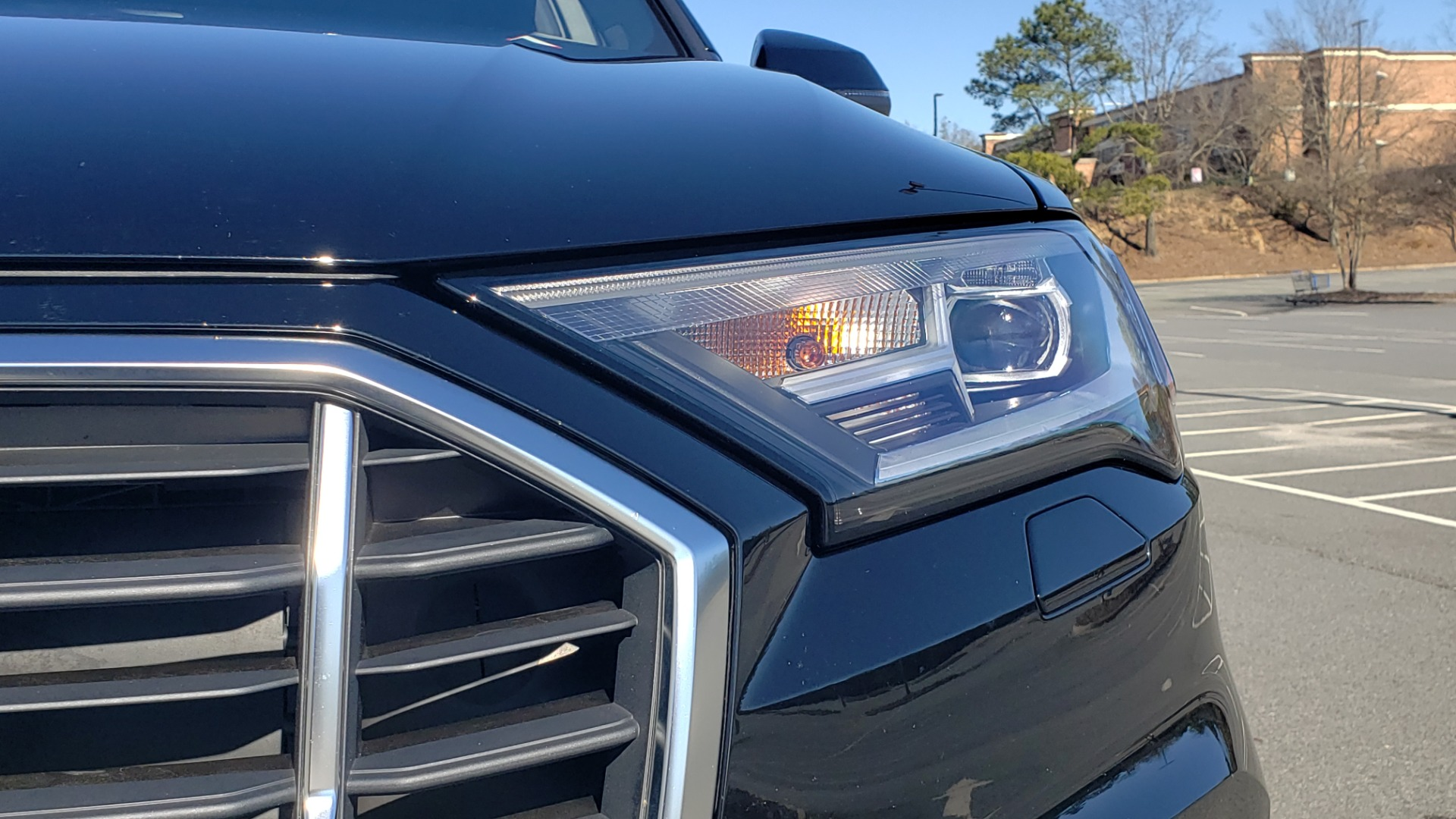 Used 2020 Audi Q7 PREMIUM PLUS / NAV / SUNROOF / 3-ROW / REARVIEW for sale Sold at Formula Imports in Charlotte NC 28227 27
