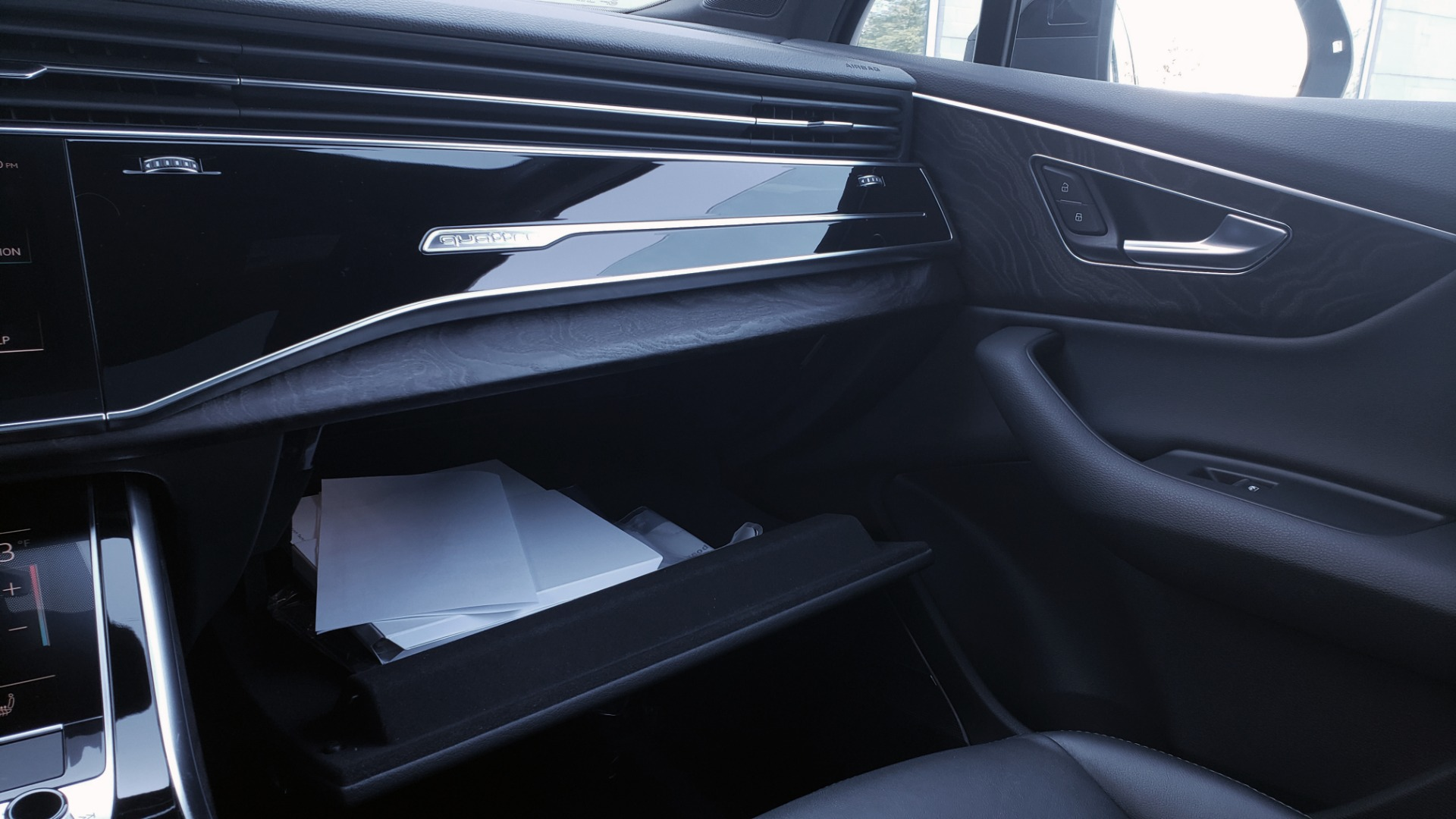 Used 2020 Audi Q7 PREMIUM PLUS / NAV / SUNROOF / 3-ROW / REARVIEW for sale $50,695 at Formula Imports in Charlotte NC 28227 55