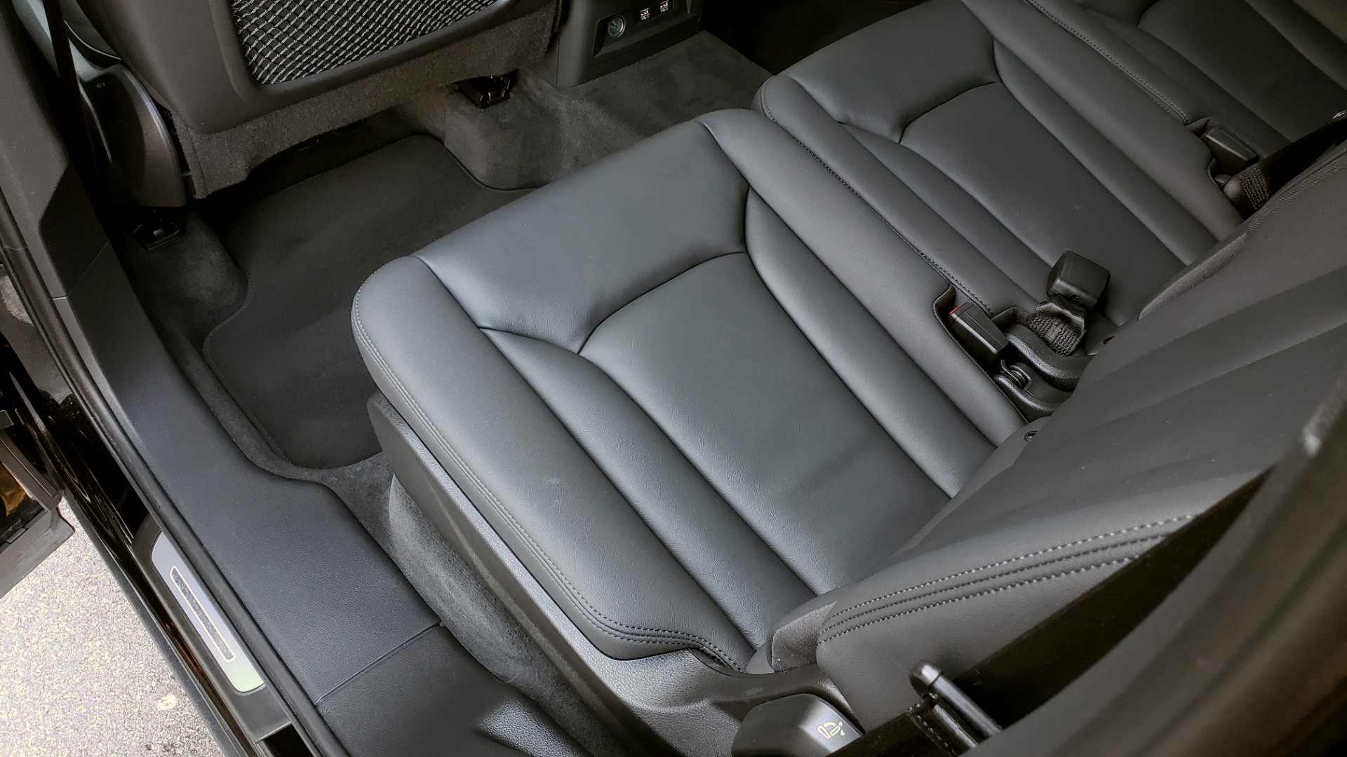 Used 2020 Audi Q7 PREMIUM PLUS / NAV / SUNROOF / 3-ROW / REARVIEW for sale $50,695 at Formula Imports in Charlotte NC 28227 64