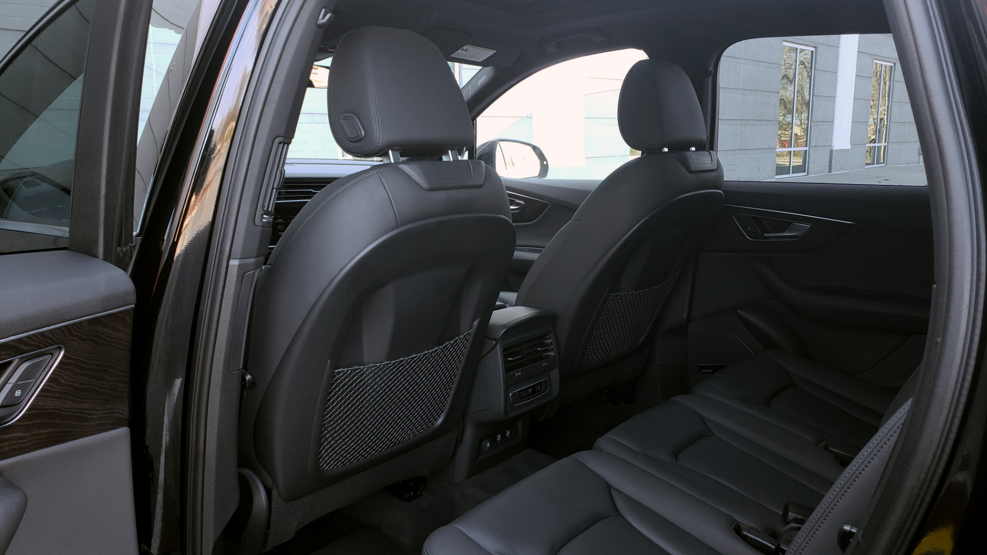 Used 2020 Audi Q7 PREMIUM PLUS / NAV / SUNROOF / 3-ROW / REARVIEW for sale $50,695 at Formula Imports in Charlotte NC 28227 65
