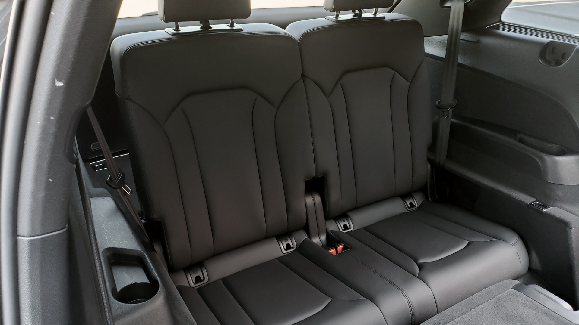 Used 2020 Audi Q7 PREMIUM PLUS / NAV / SUNROOF / 3-ROW / REARVIEW for sale $50,695 at Formula Imports in Charlotte NC 28227 70