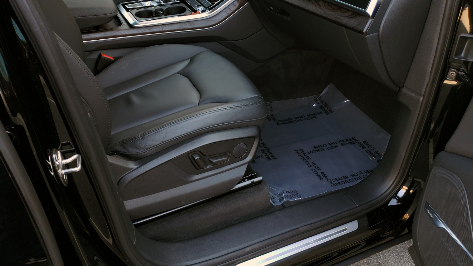 Used 2020 Audi Q7 PREMIUM PLUS / NAV / SUNROOF / 3-ROW / REARVIEW for sale Sold at Formula Imports in Charlotte NC 28227 73