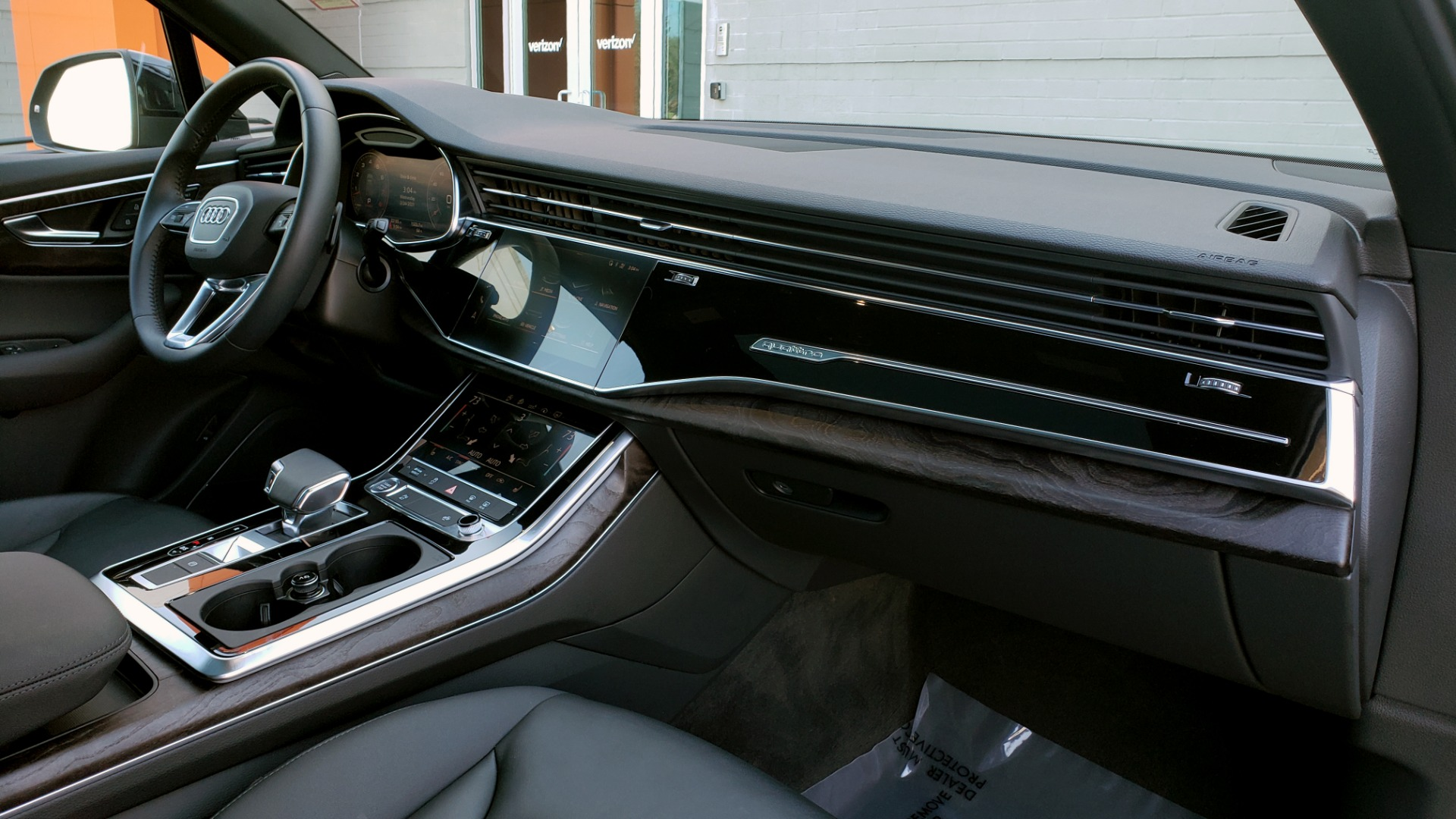 Used 2020 Audi Q7 PREMIUM PLUS / NAV / SUNROOF / 3-ROW / REARVIEW for sale Sold at Formula Imports in Charlotte NC 28227 76