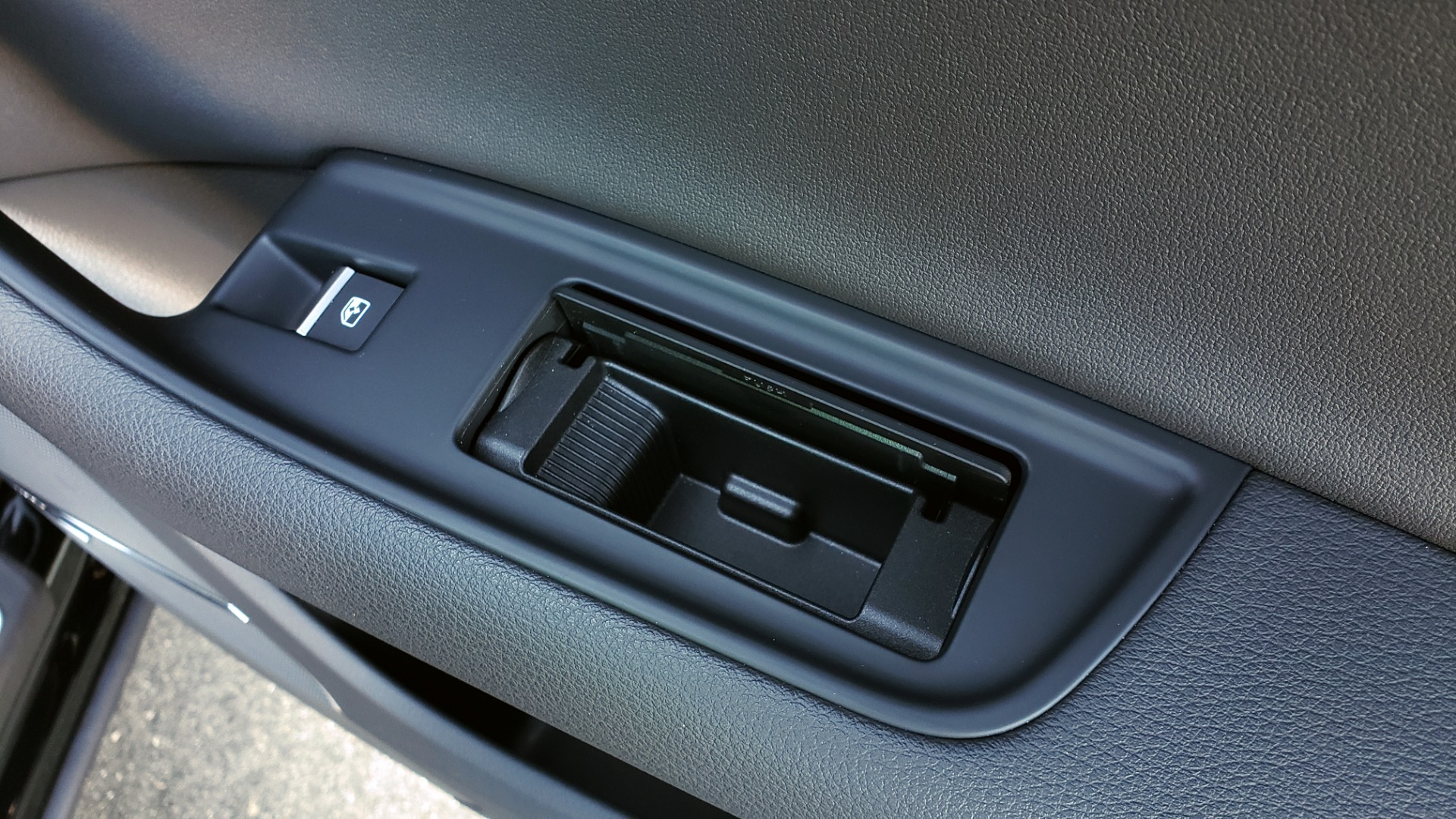 Used 2020 Audi Q7 PREMIUM PLUS / NAV / SUNROOF / 3-ROW / REARVIEW for sale Sold at Formula Imports in Charlotte NC 28227 78