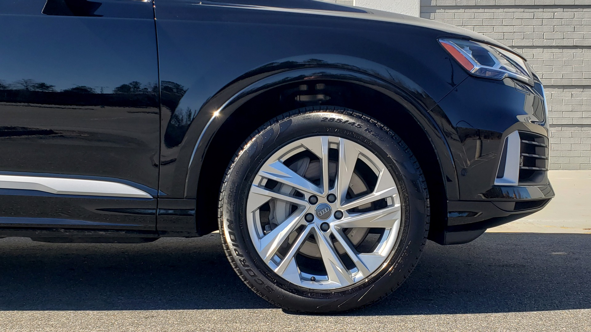 Used 2020 Audi Q7 PREMIUM PLUS / NAV / SUNROOF / 3-ROW / REARVIEW for sale Sold at Formula Imports in Charlotte NC 28227 89