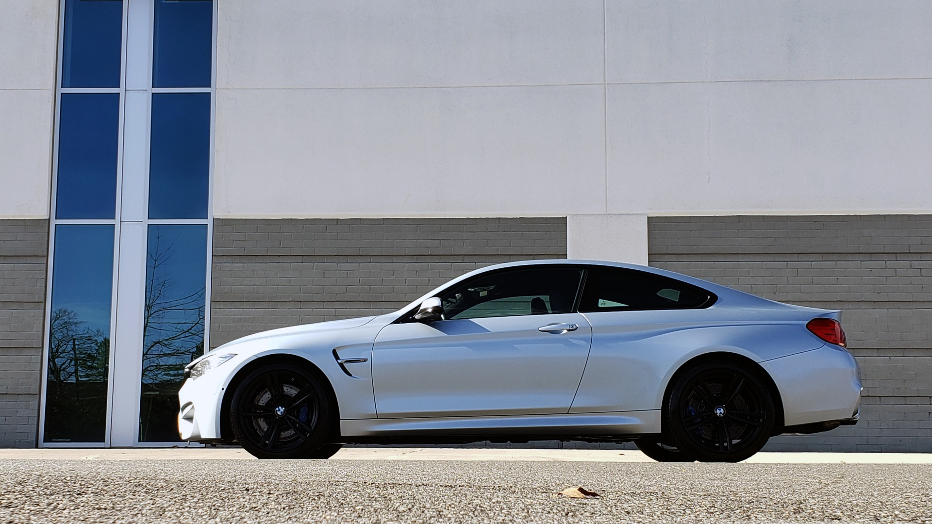 Used 2015 BMW M4 COUPE / EXEC PKG / DRVR ASST PLUS / LIGHTING / M-SUSPENSION for sale Sold at Formula Imports in Charlotte NC 28227 3