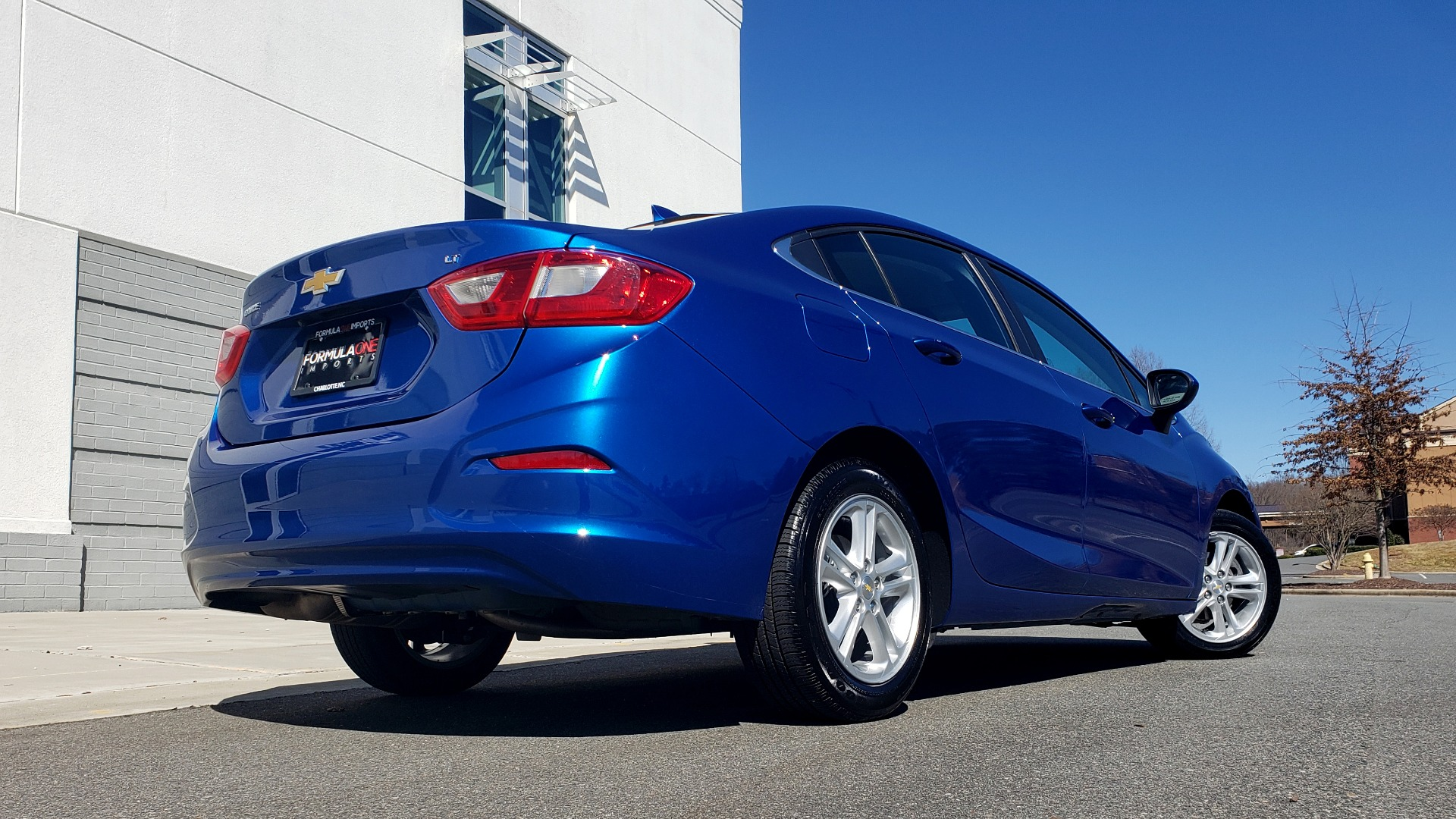Used 2017 Chevrolet CRUZE LT 1.4L 1SD / 6-SPD AUTO / HTS STS / REMOTE START / REARVIEW for sale $11,495 at Formula Imports in Charlotte NC 28227 15