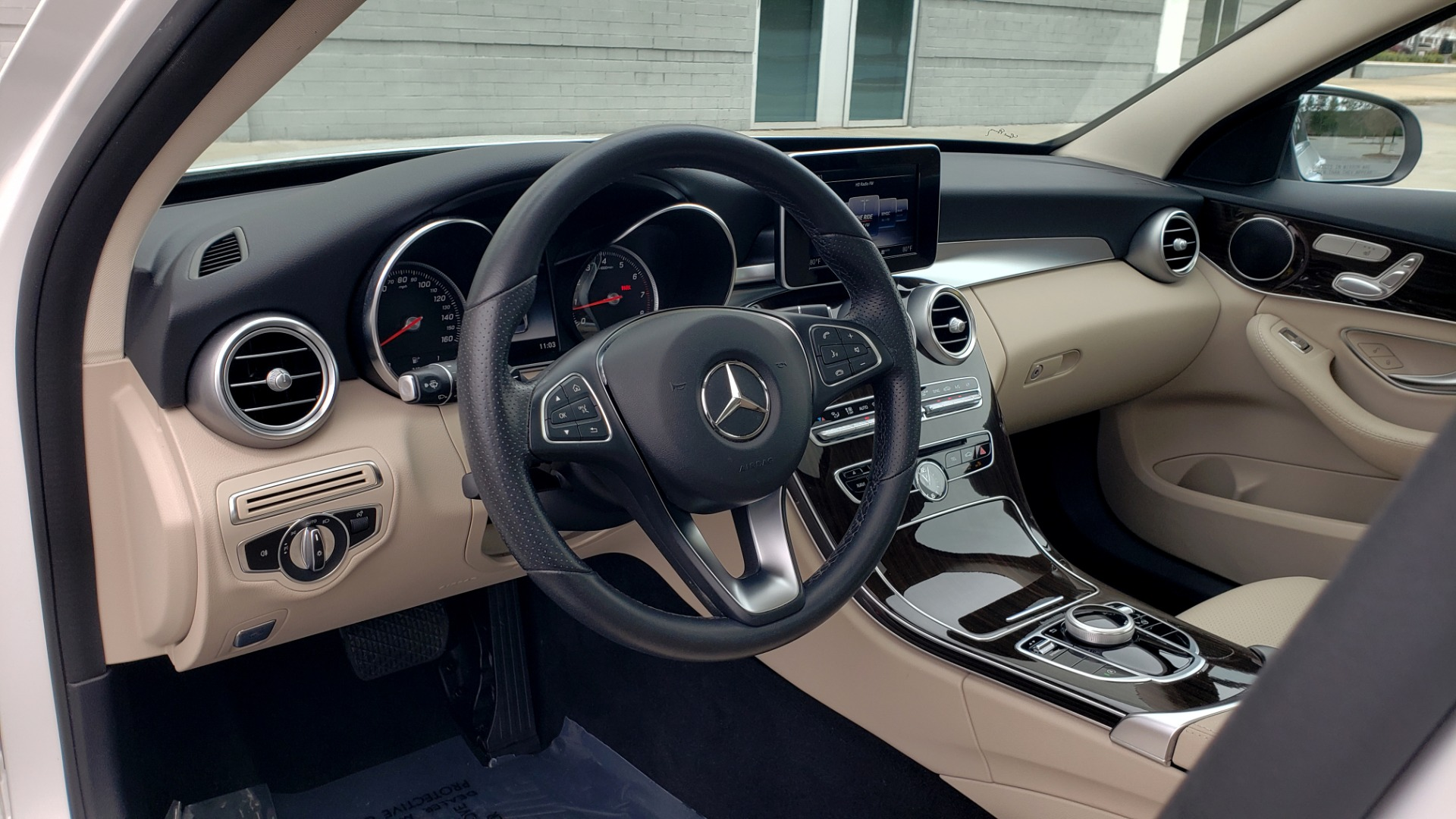 Used 2018 Mercedes-Benz C-CLASS C 300 PREMIUM / NAV / HTD STS / APPLE CARPLAY / REARVIEW for sale Sold at Formula Imports in Charlotte NC 28227 35