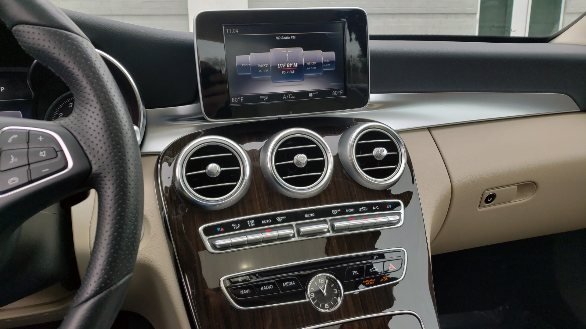 Used 2018 Mercedes-Benz C-CLASS C 300 PREMIUM / NAV / HTD STS / APPLY CARPLAY / REARVIEW for sale $26,695 at Formula Imports in Charlotte NC 28227 42