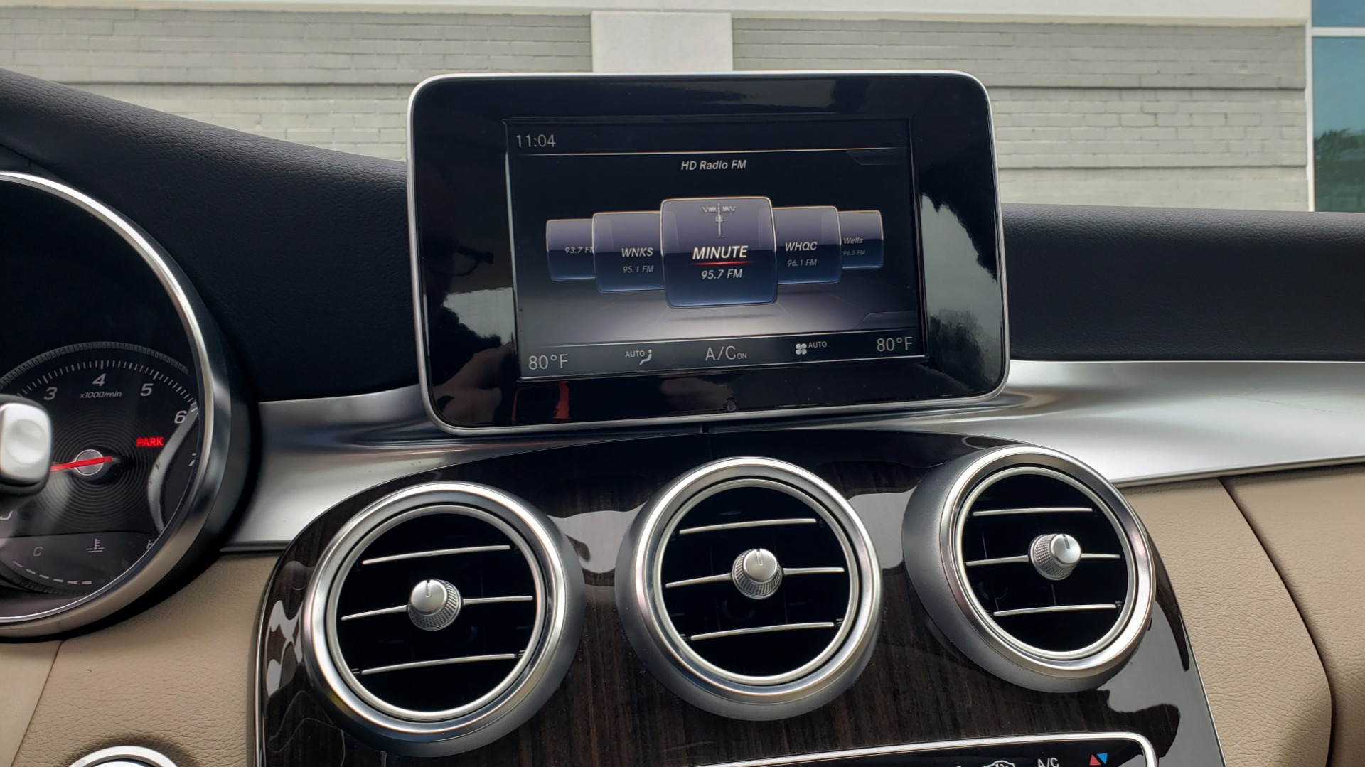 Used 2018 Mercedes-Benz C-CLASS C 300 PREMIUM / NAV / HTD STS / APPLY CARPLAY / REARVIEW for sale $26,695 at Formula Imports in Charlotte NC 28227 43