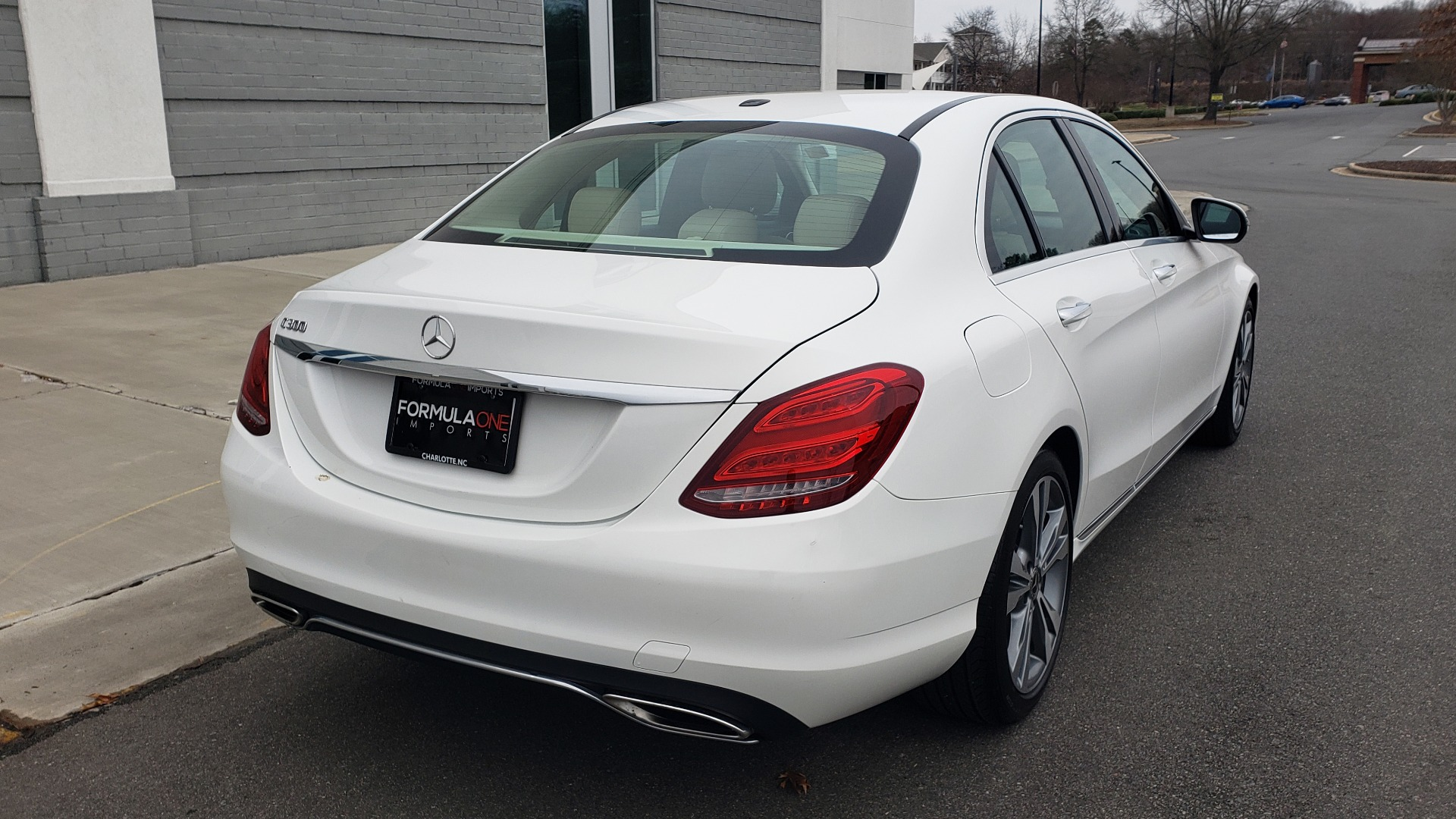 Used 2018 Mercedes-Benz C-CLASS C 300 PREMIUM / NAV / HTD STS / APPLE CARPLAY / REARVIEW for sale Sold at Formula Imports in Charlotte NC 28227 5