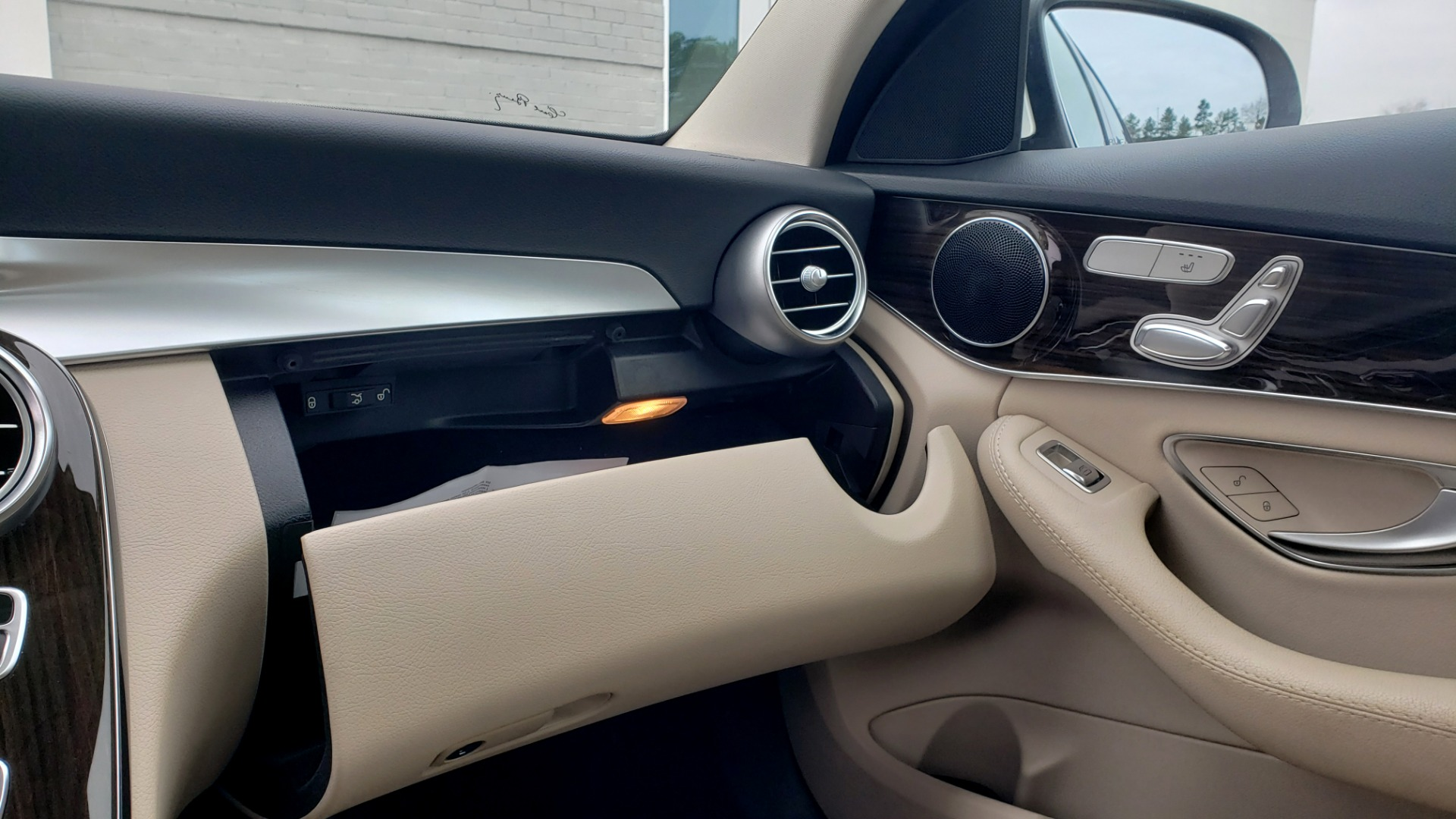 Used 2018 Mercedes-Benz C-CLASS C 300 PREMIUM / NAV / HTD STS / APPLY CARPLAY / REARVIEW for sale $26,695 at Formula Imports in Charlotte NC 28227 50