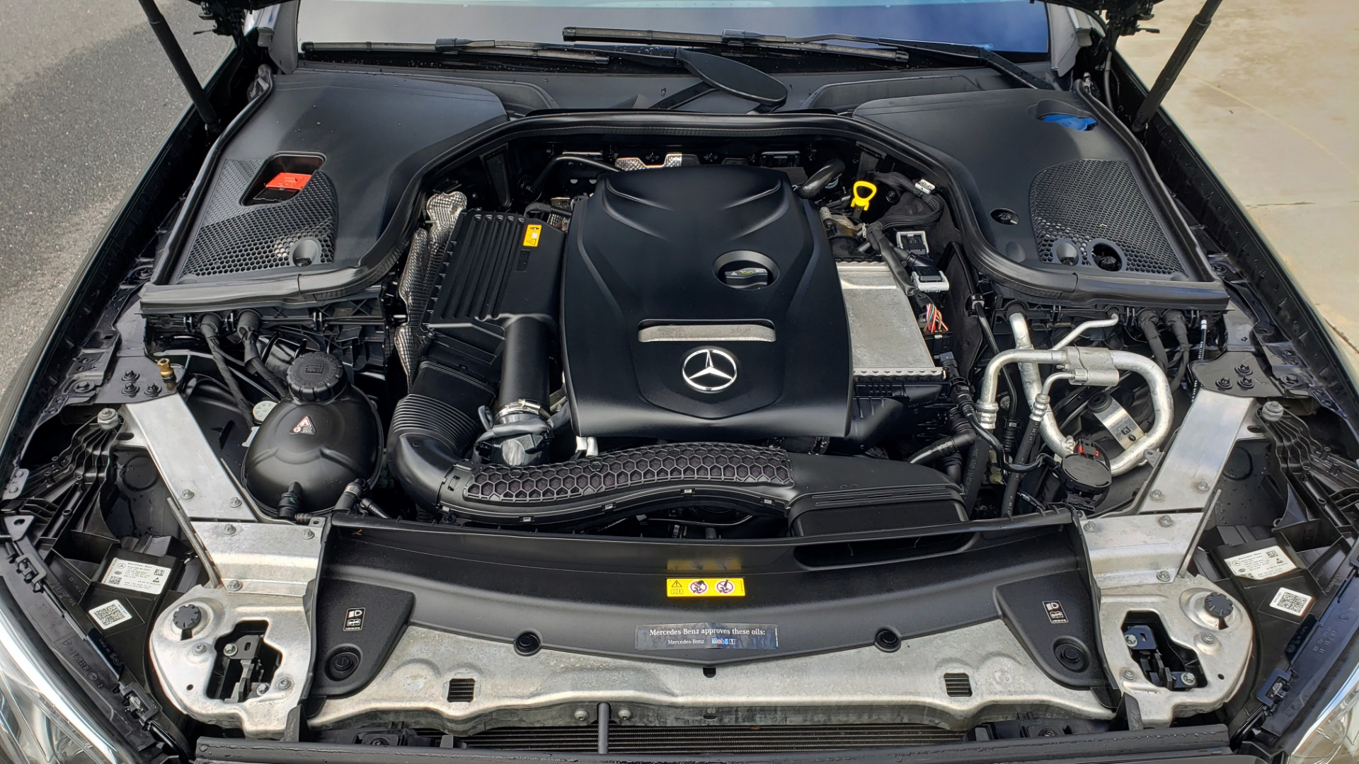 Used 2018 Mercedes-Benz E-CLASS E 300 PREM PKG 2 / NAV / PANO-ROOF / WARMTH & COMFORT PKG for sale $35,295 at Formula Imports in Charlotte NC 28227 12