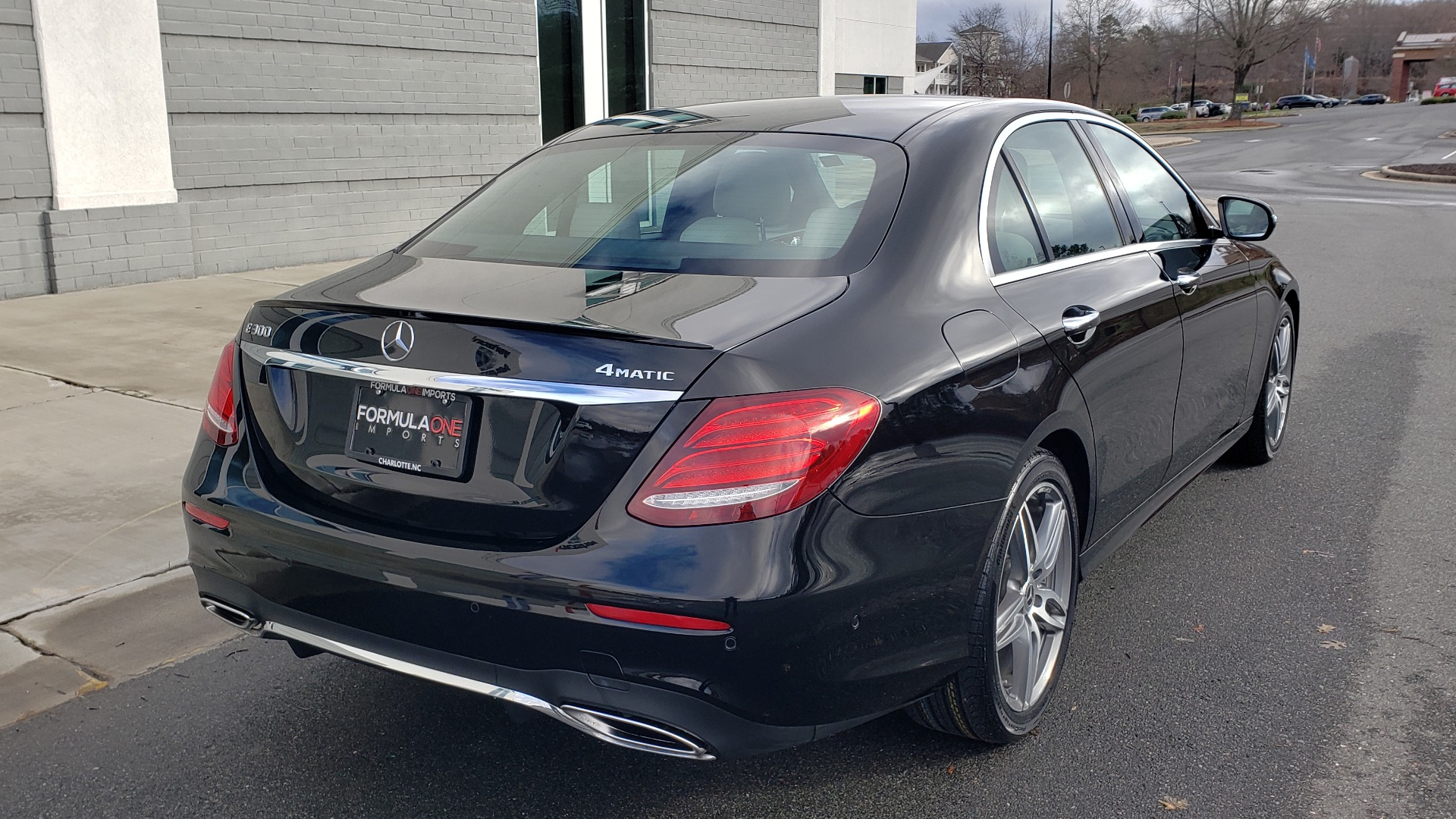 Used 2018 Mercedes-Benz E-CLASS E 300 PREM PKG 2 / NAV / PANO-ROOF / WARMTH & COMFORT PKG for sale $35,295 at Formula Imports in Charlotte NC 28227 4