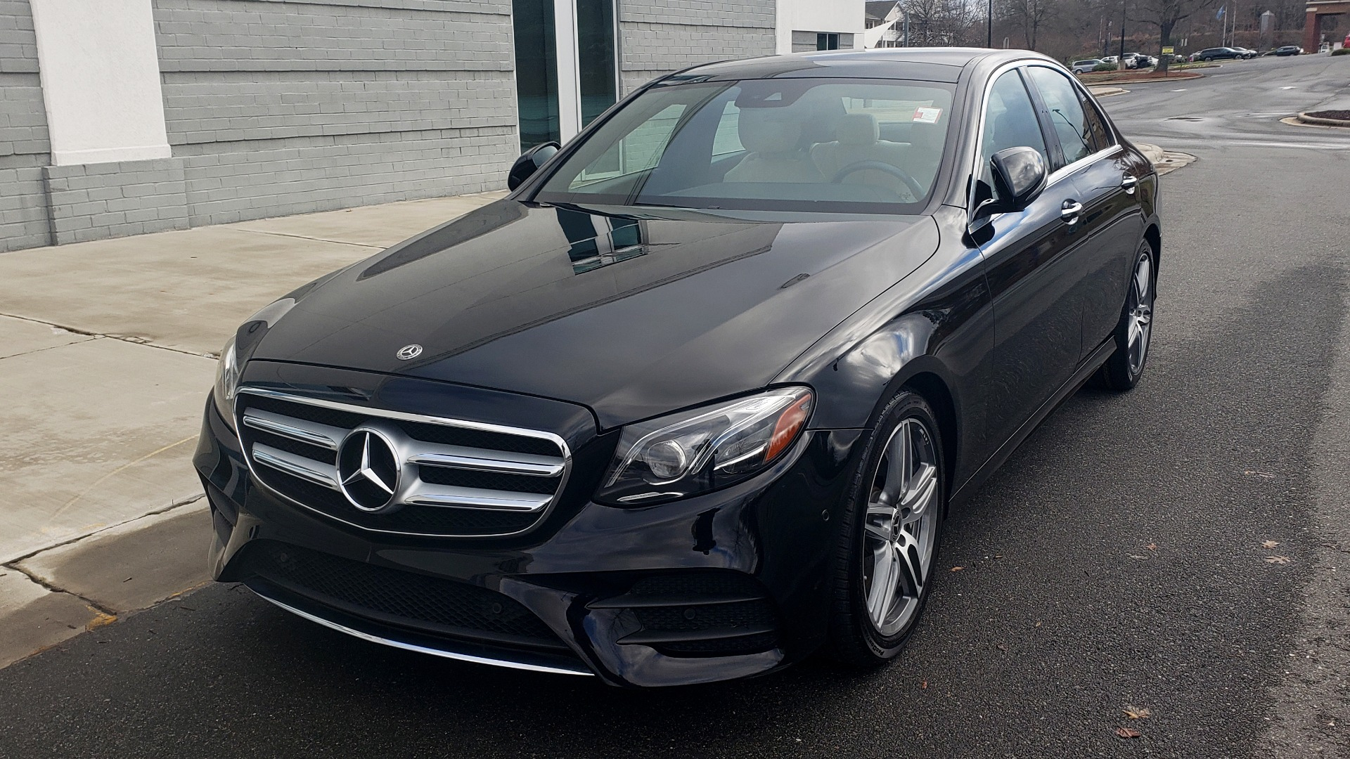 Used 2018 Mercedes-Benz E-CLASS E 300 PREM PKG 2 / NAV / PANO-ROOF / WARMTH & COMFORT PKG for sale $35,295 at Formula Imports in Charlotte NC 28227 5