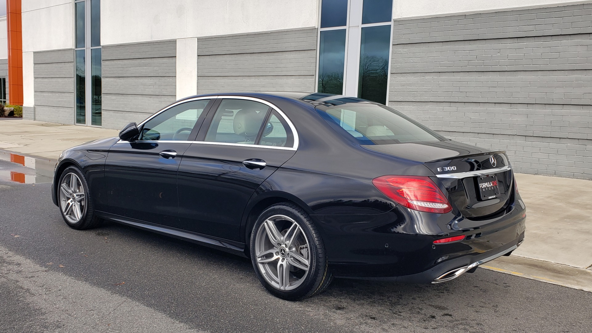 Used 2018 Mercedes-Benz E-CLASS E 300 PREM PKG 2 / NAV / PANO-ROOF / WARMTH & COMFORT PKG for sale $35,295 at Formula Imports in Charlotte NC 28227 8